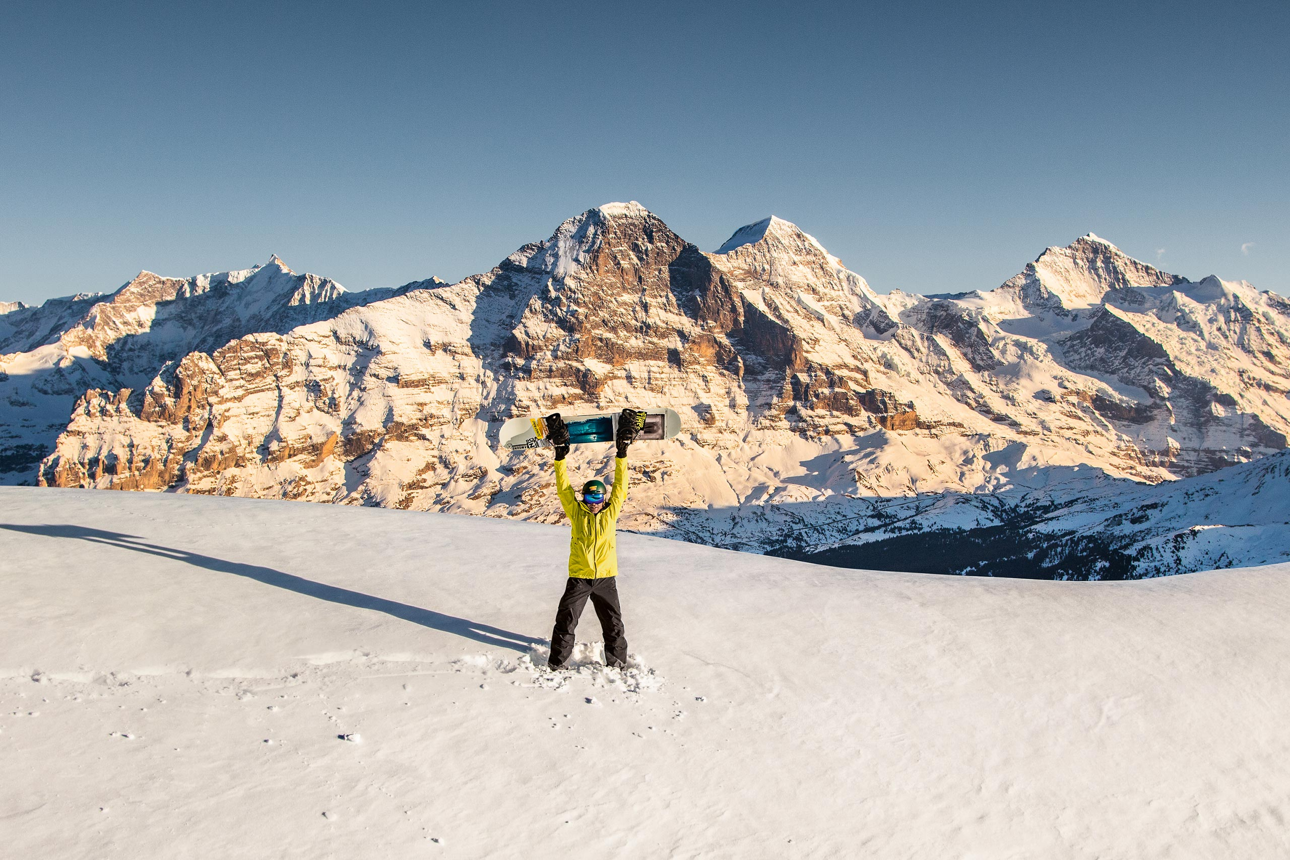 jungfrau-ski-region-winter-schnee-eiger-moench-jungfrau.jpg