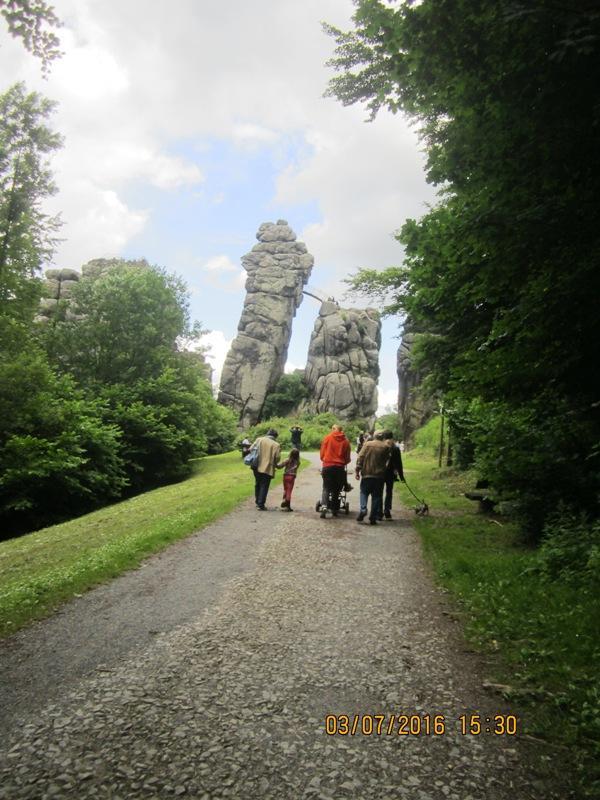 Externsteine, Natur- und Kulturdenkmal - das bedeutende Ausflugsziel im Naturpark Teutoburger Wald