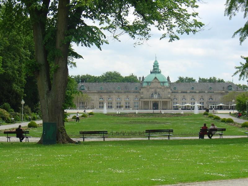 Grünanlagen vor dem Kaiserpalais