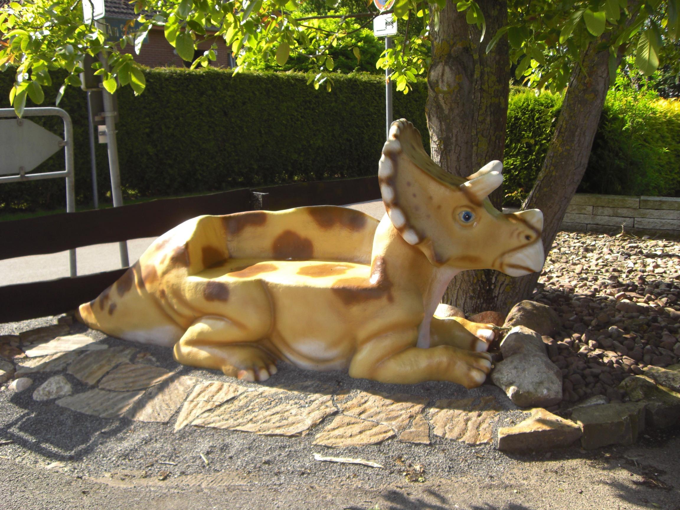 Triceratop Bank