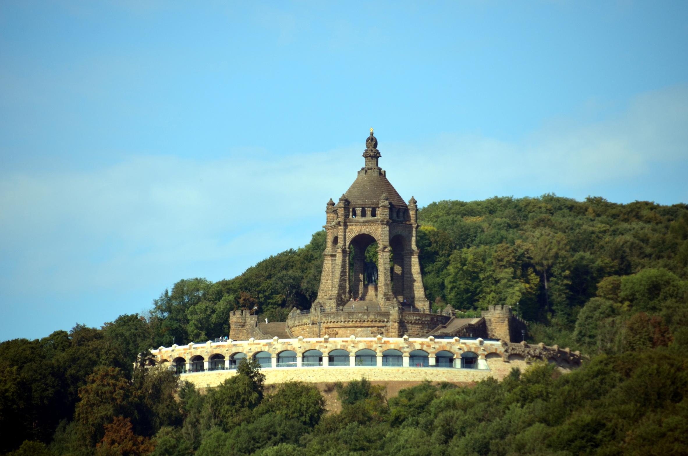Kaiser-Wilhelm-Denkmal mit Ringterrasse