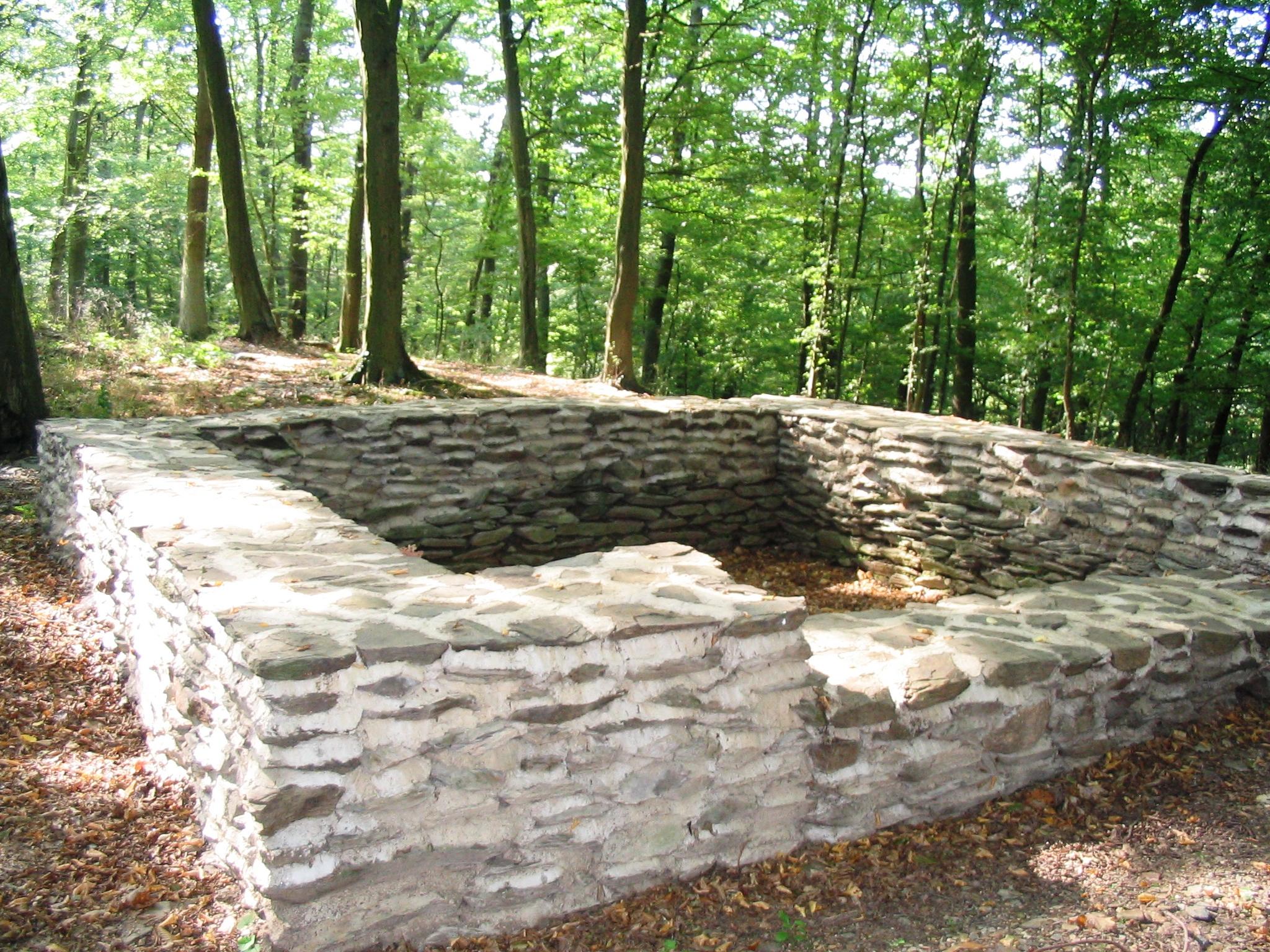 Fundamente eines Wachturms