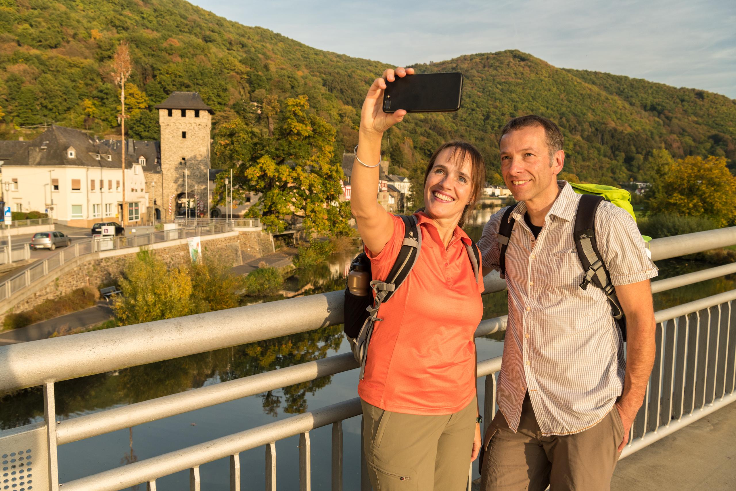 Selfie von der Brücke