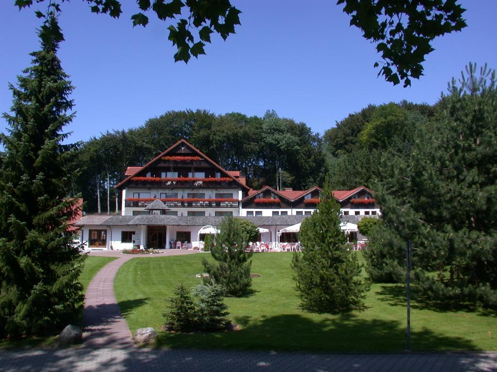 Aussenansicht mit Terrasse im Hotel Mügge am Iberg, Oerlinghausen