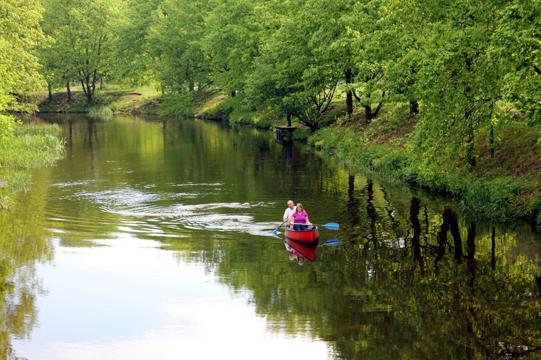 Paddler auf dem Wasser