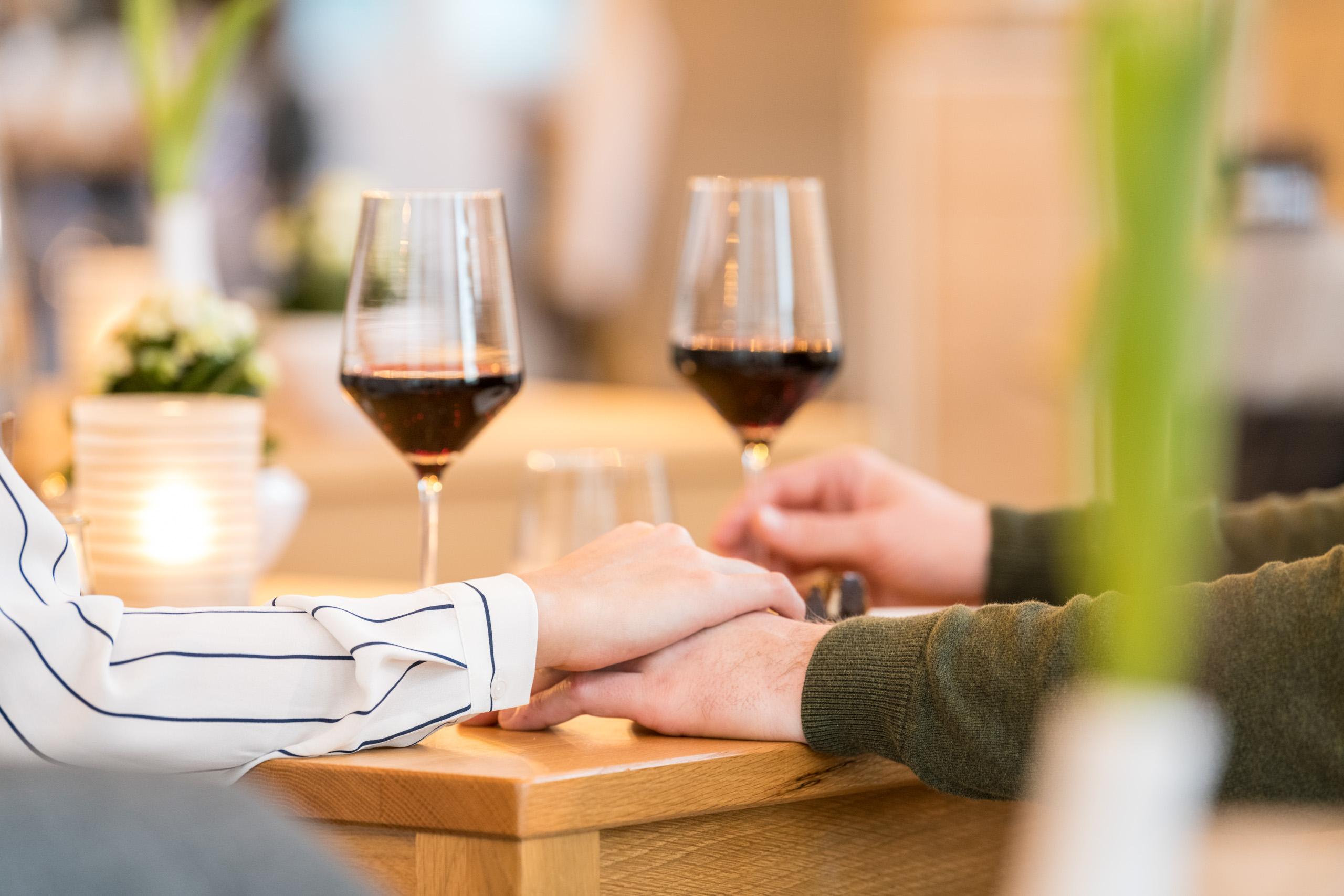 Weinprobe in gemütlicher Atmoisphäre