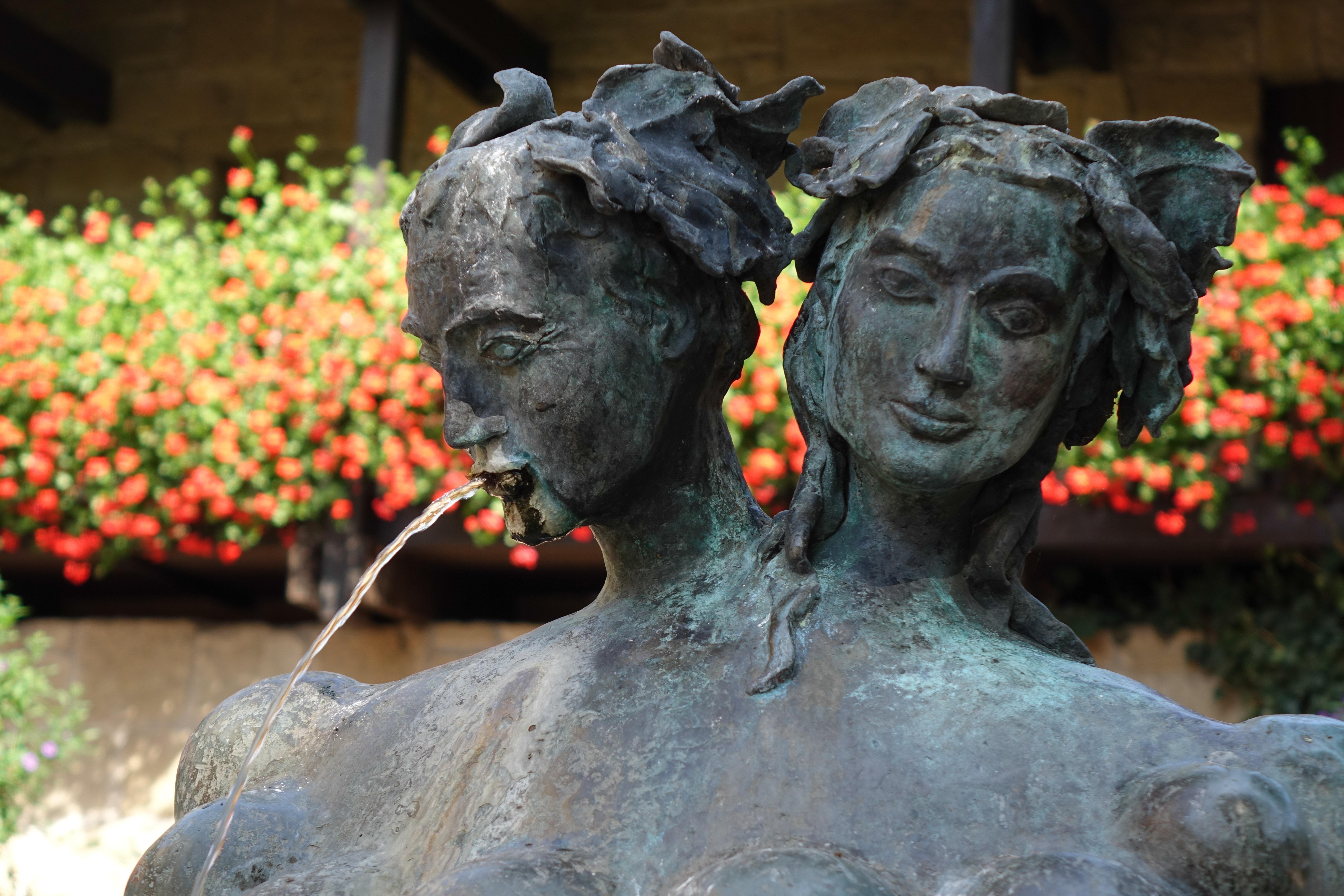 Weinbrunnen im Deutschen Hof in Güglingen