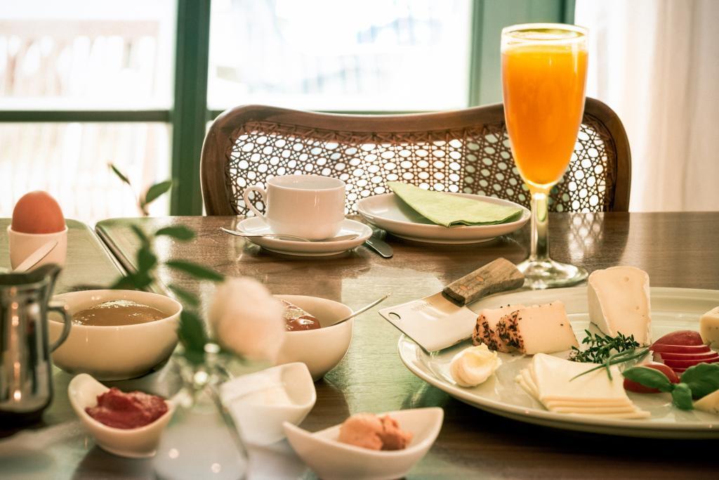 Frühstück in der Pension Alte Schule Leopoldstal