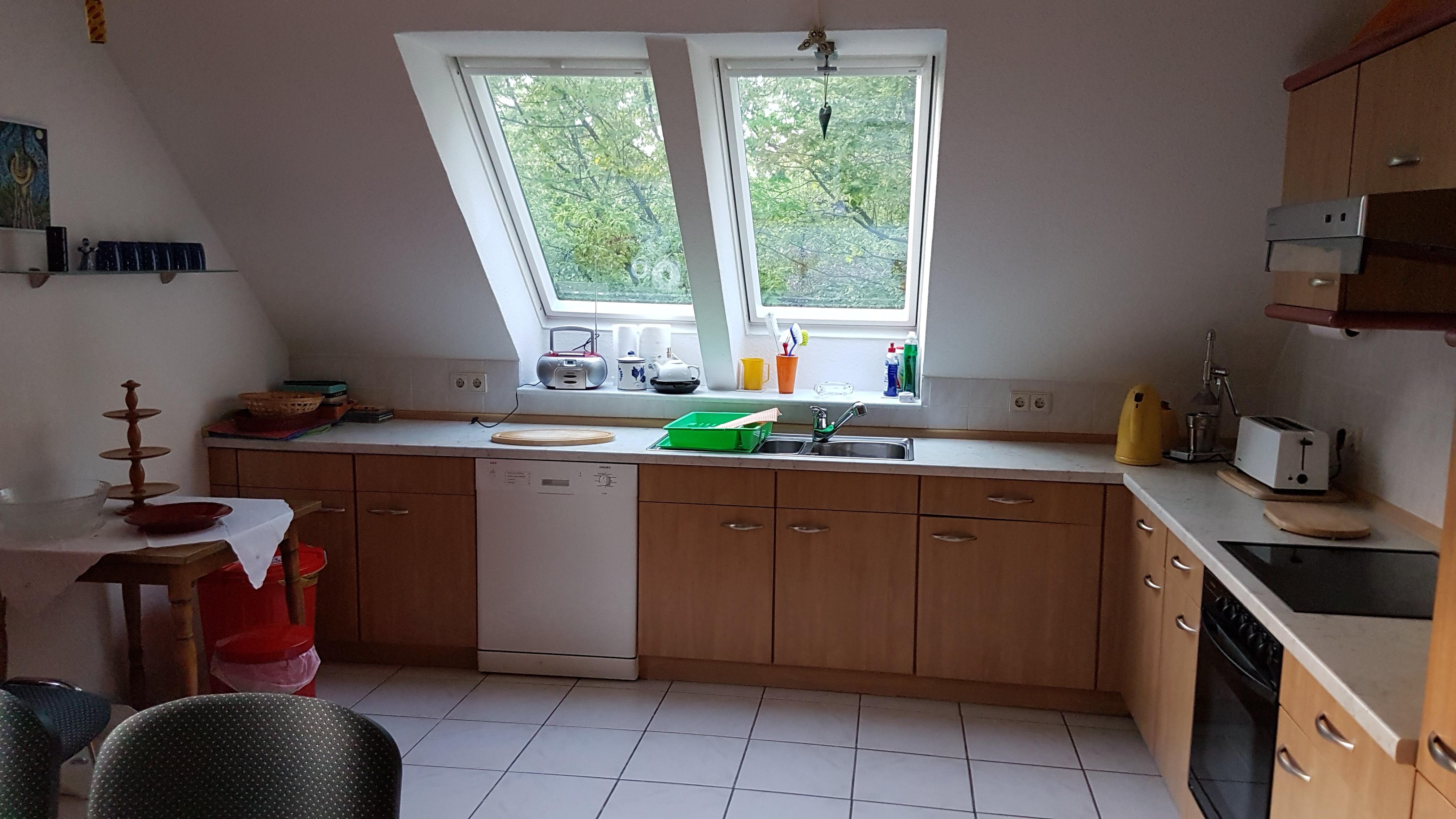 Küche Wohnung oben