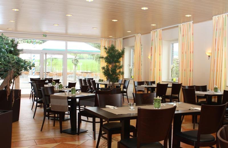 Gaststube andhotel Buchenkrug in Halle