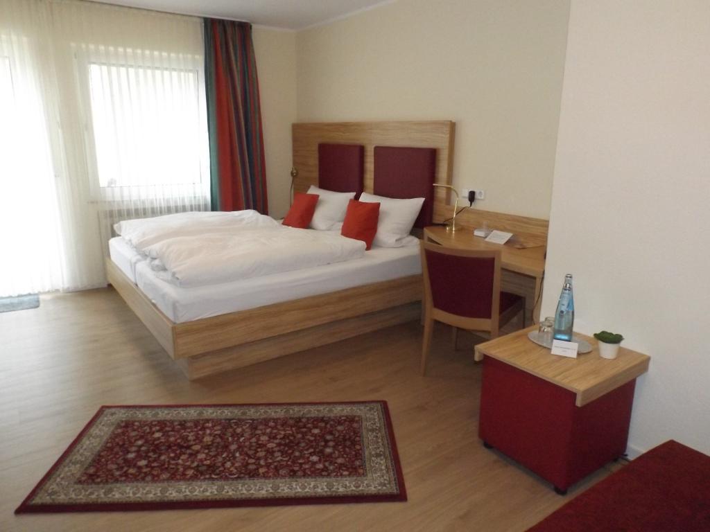 Modernes Doppelzimmer, Altes Gasthaus Fischer-Eymann in Bad Iburg,