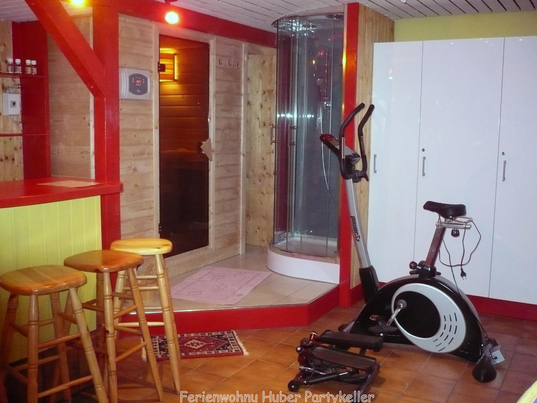Ferienwohnung Huber, Partykeller mit Fitness und Sauna