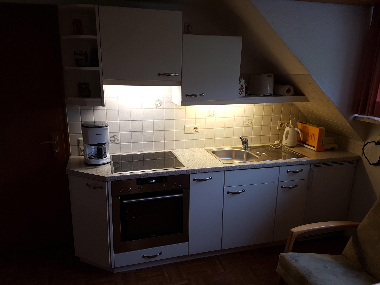 Haus Sonnenschein, Küchenzeile-Ferienwohnung