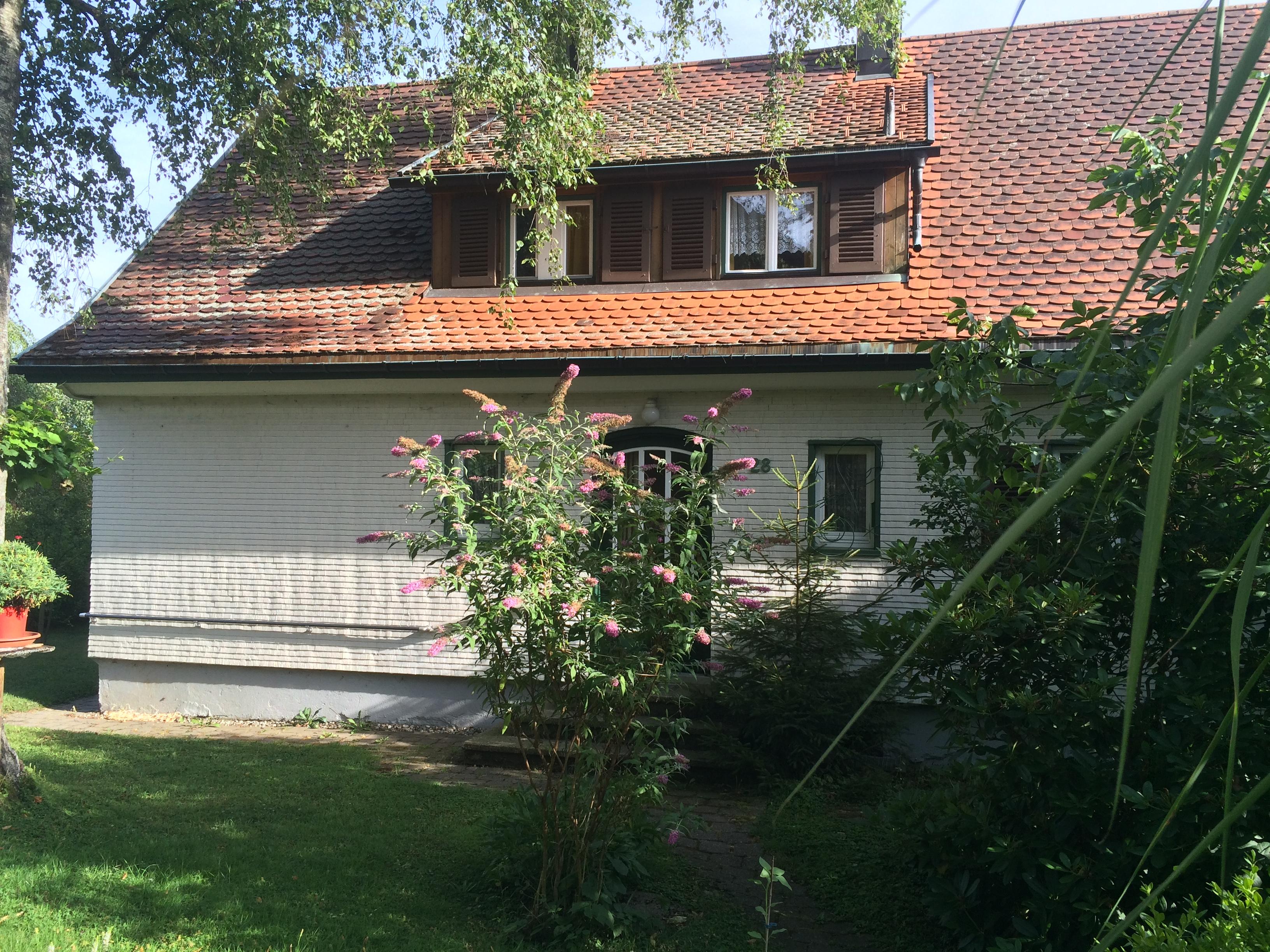 Haus Sonnenhalde,Hauseingangsseite
