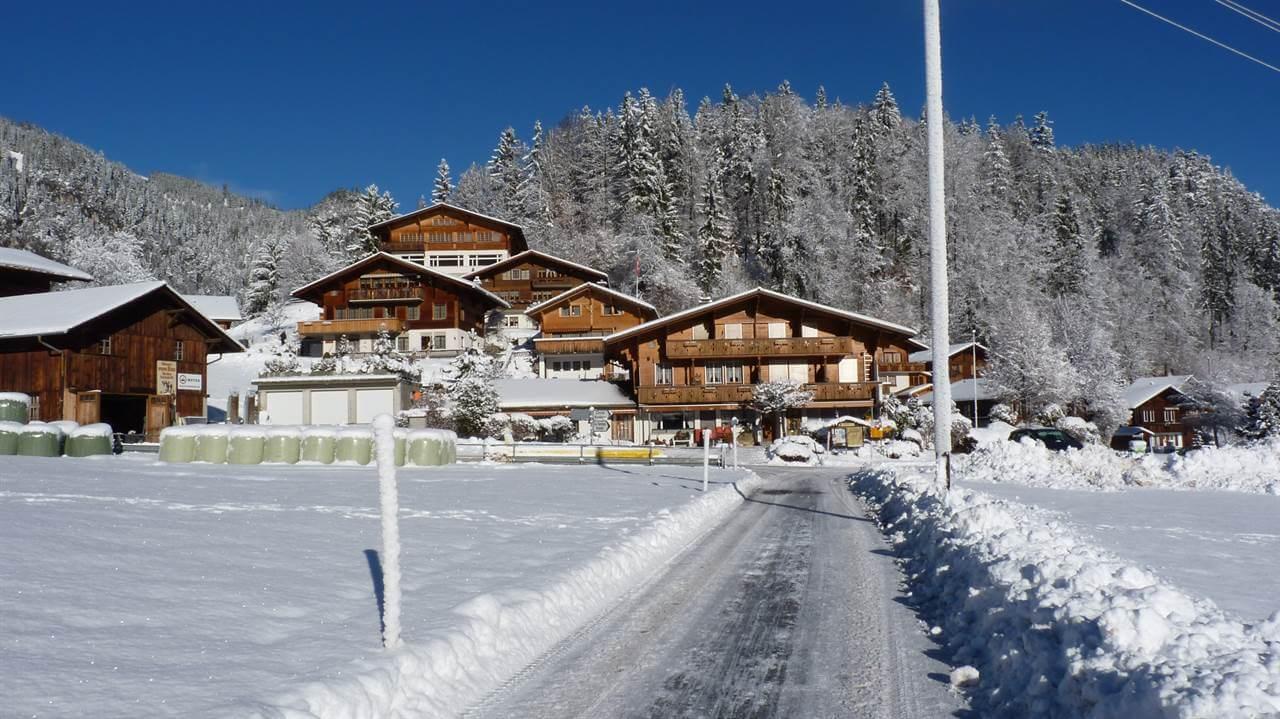 Dorf Entschwil im Winter