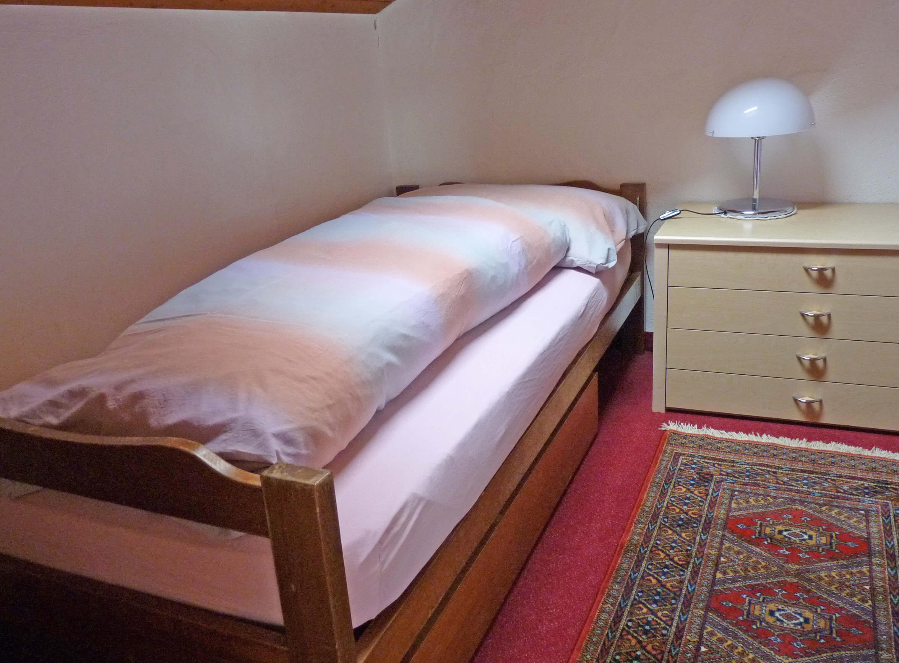 Barbara H21 Schlafzimmer Einzelbett
