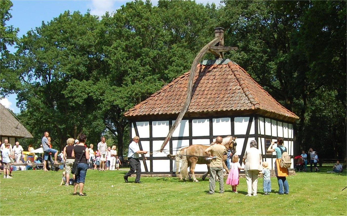 LandArt Festival auf dem Museumshof Rahden