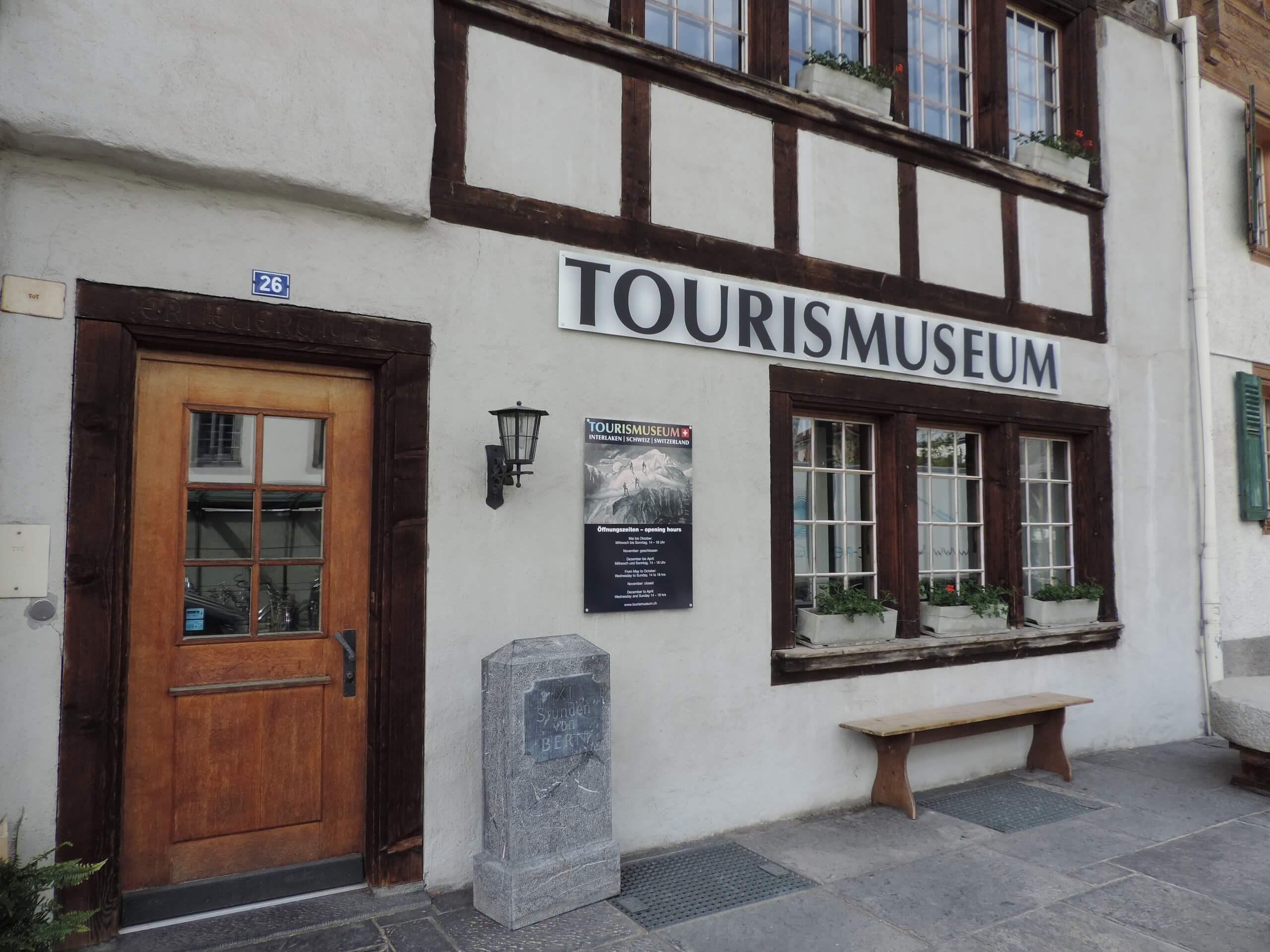 unterseen-tourismuseum-aussen-ansicht