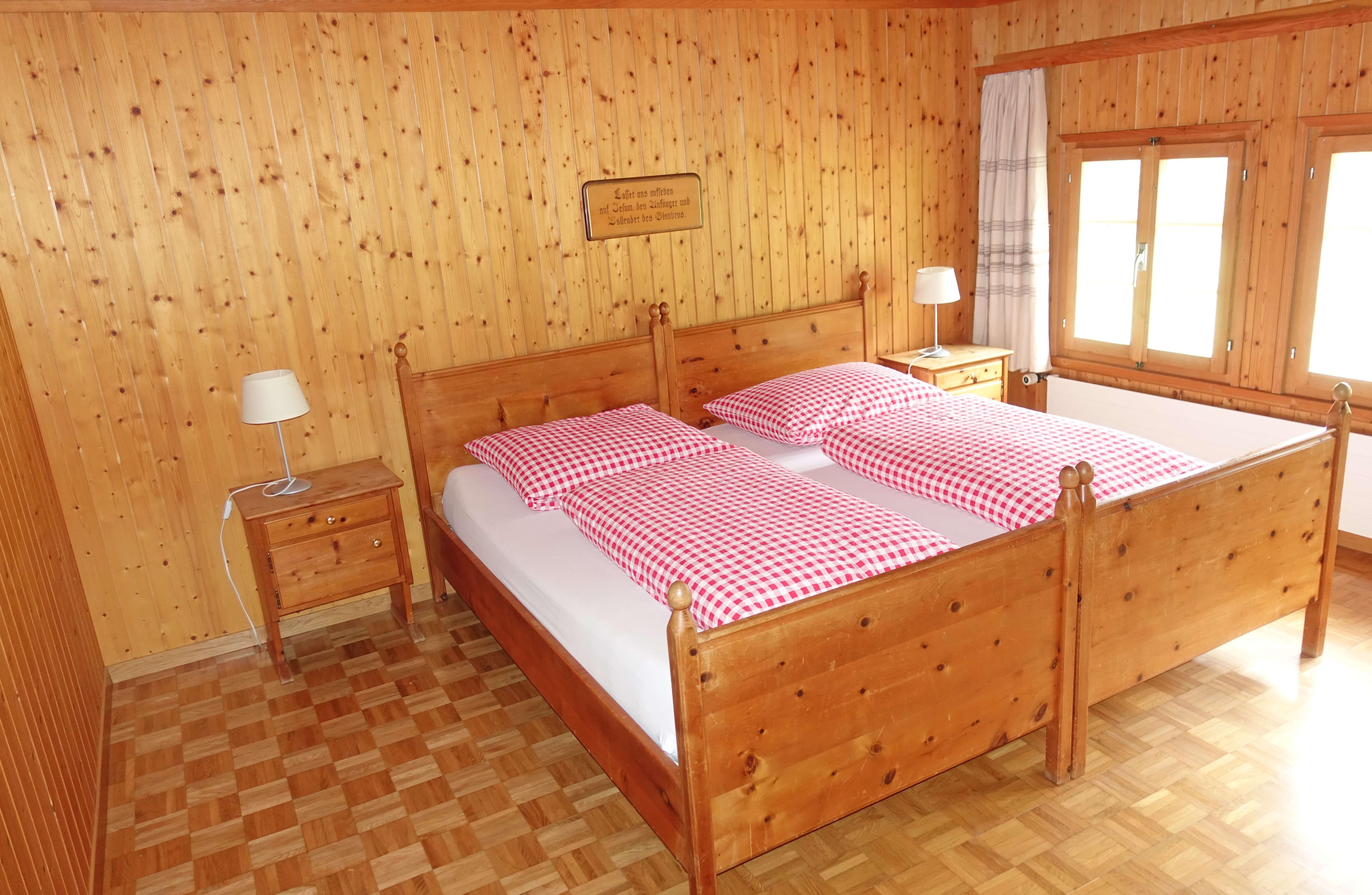 Schlafzimmer Doppelbett Chrützhof