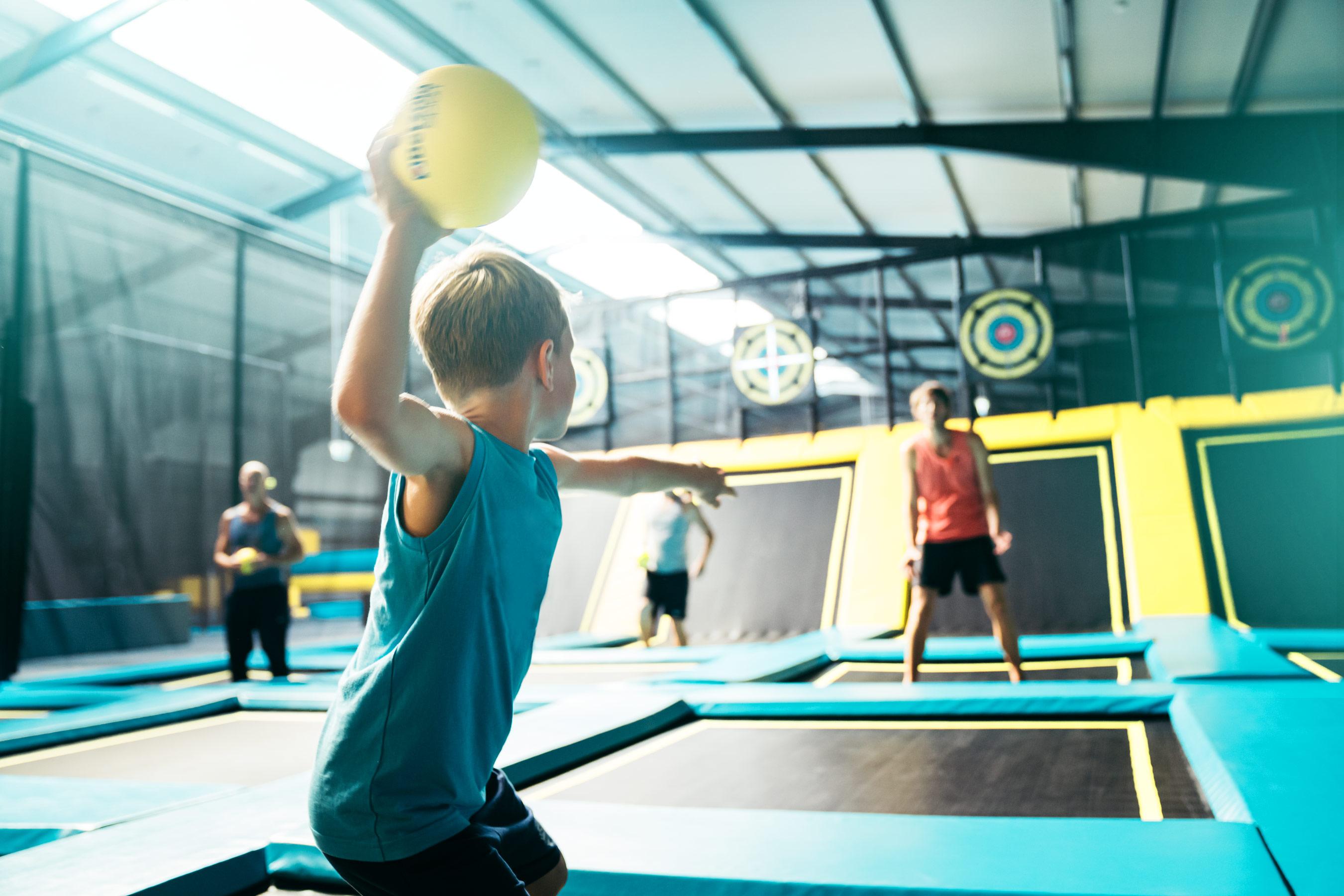abenteuerland-ball-trampolin