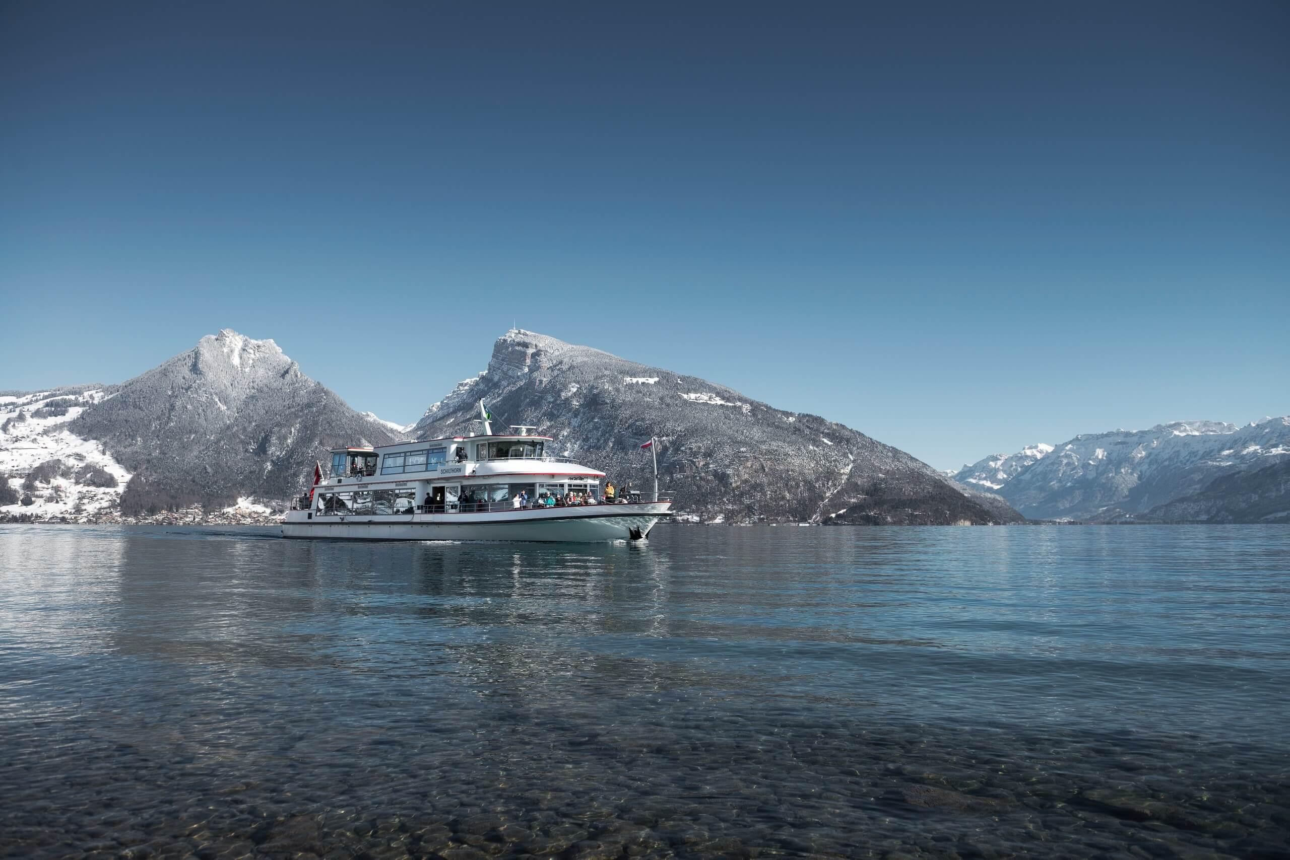 thunersee-schifffahrt-winterschiff-winterausfluege-niederhorn