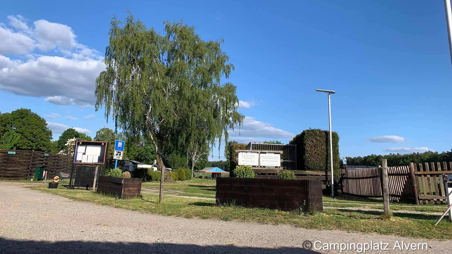 celle-campingplatz-alvern-eingang