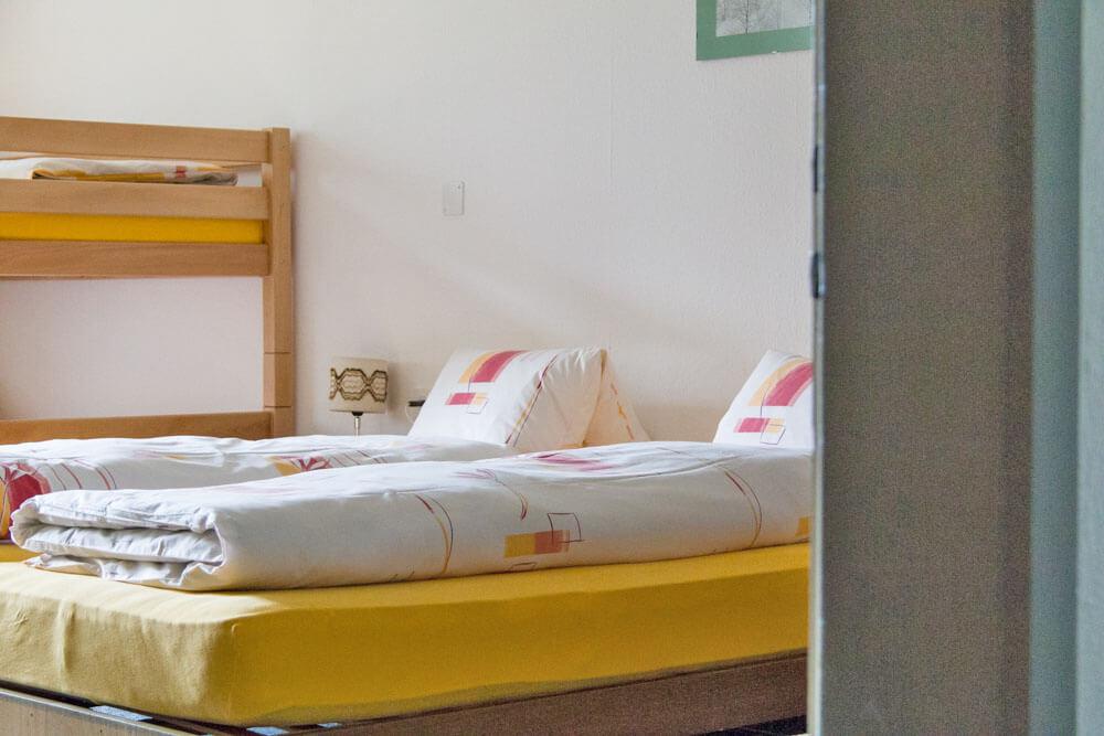 Schlafzimmer Doppelbett Etagenbett