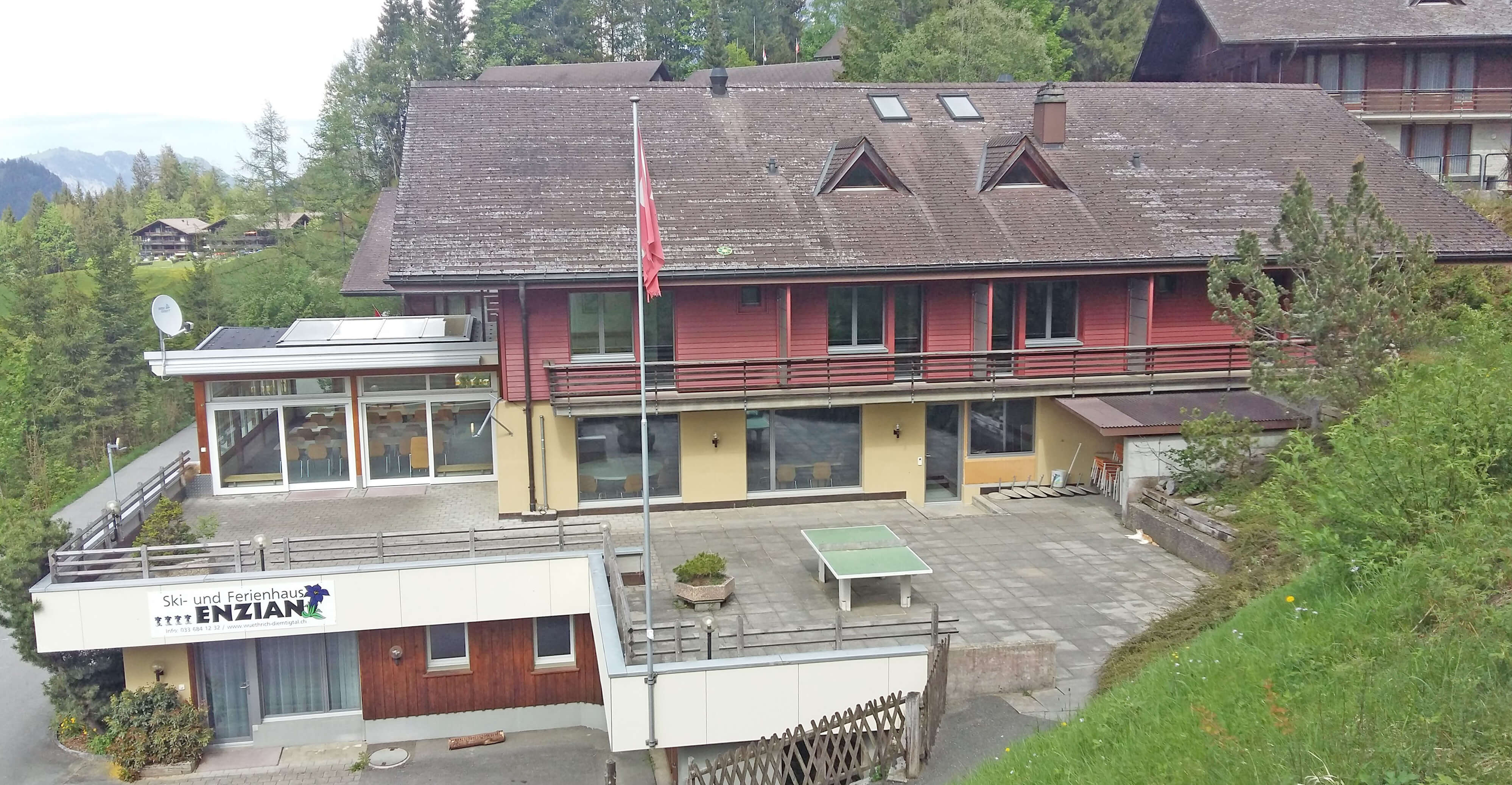 Haus Enzian Terrasse Sommer