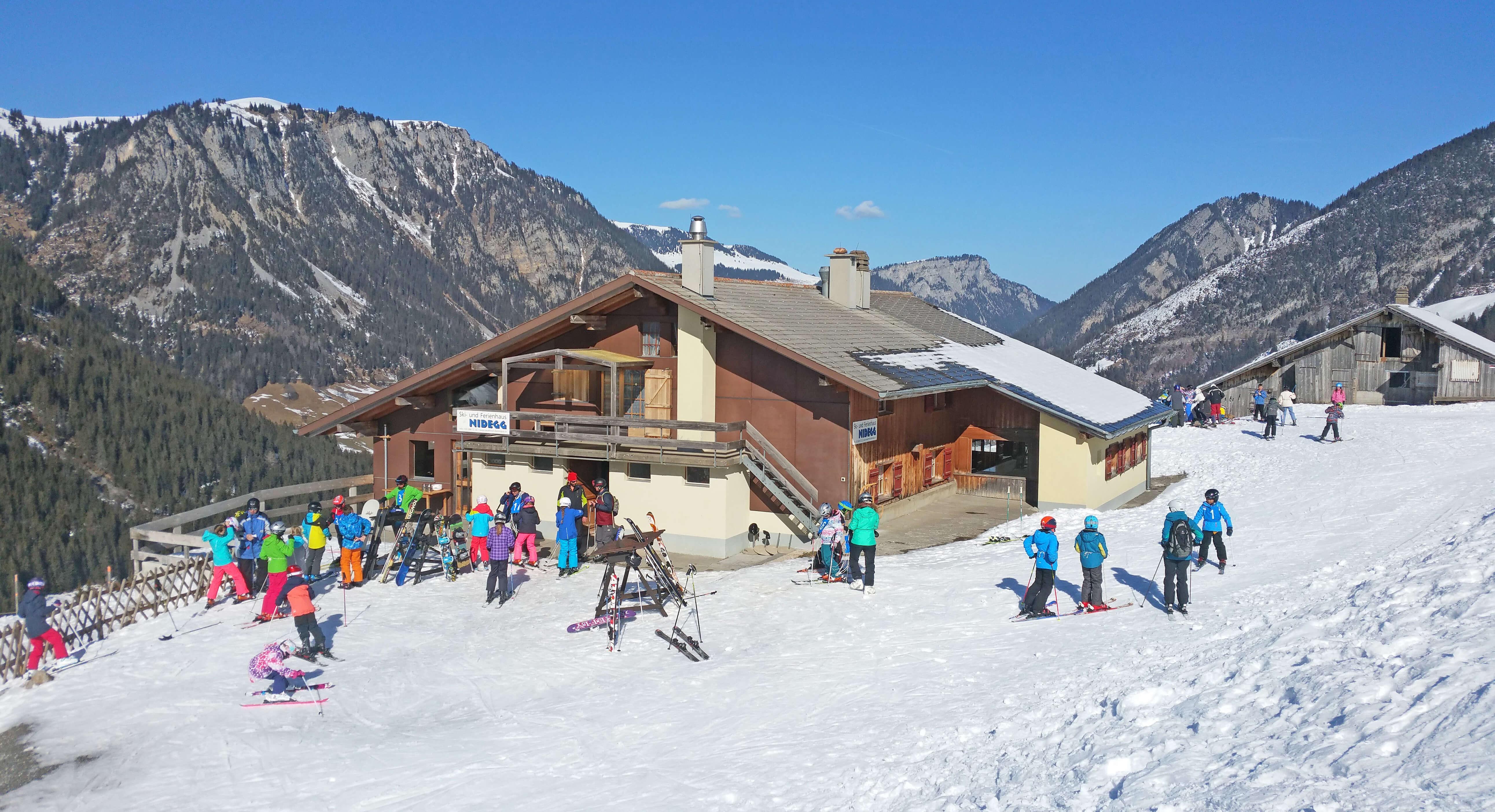Winter Ski Leute
