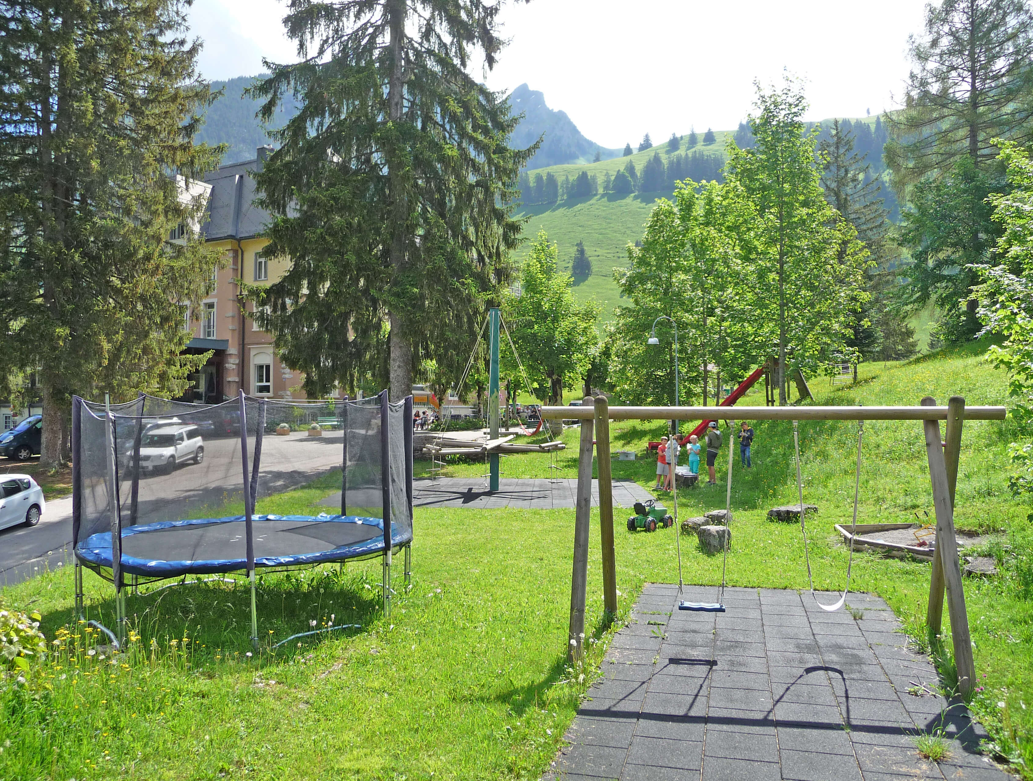 Hotel Kurhaus Grimmialp Spielplatz