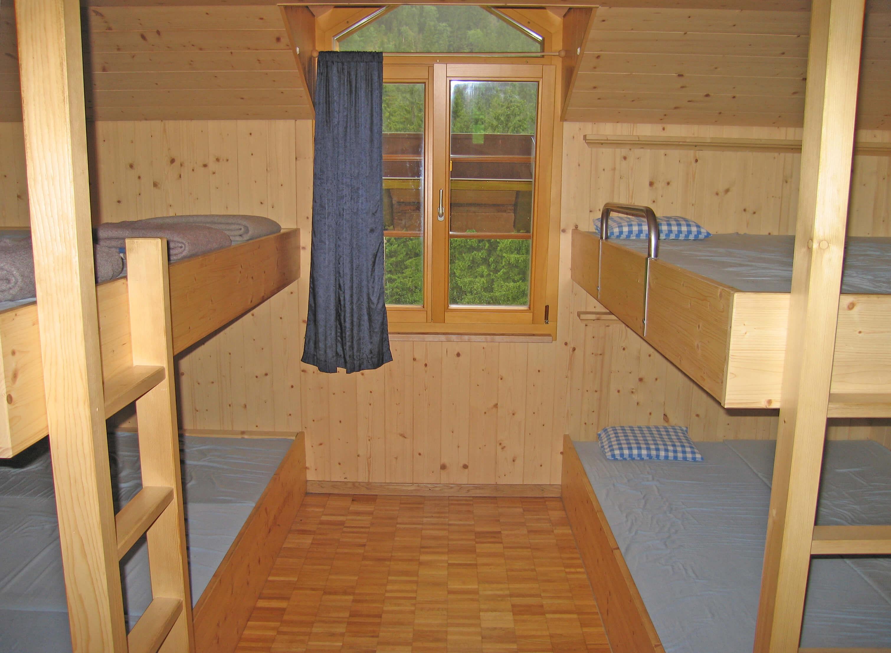 Schlafraum Etagebetten Staldenmaadhütte