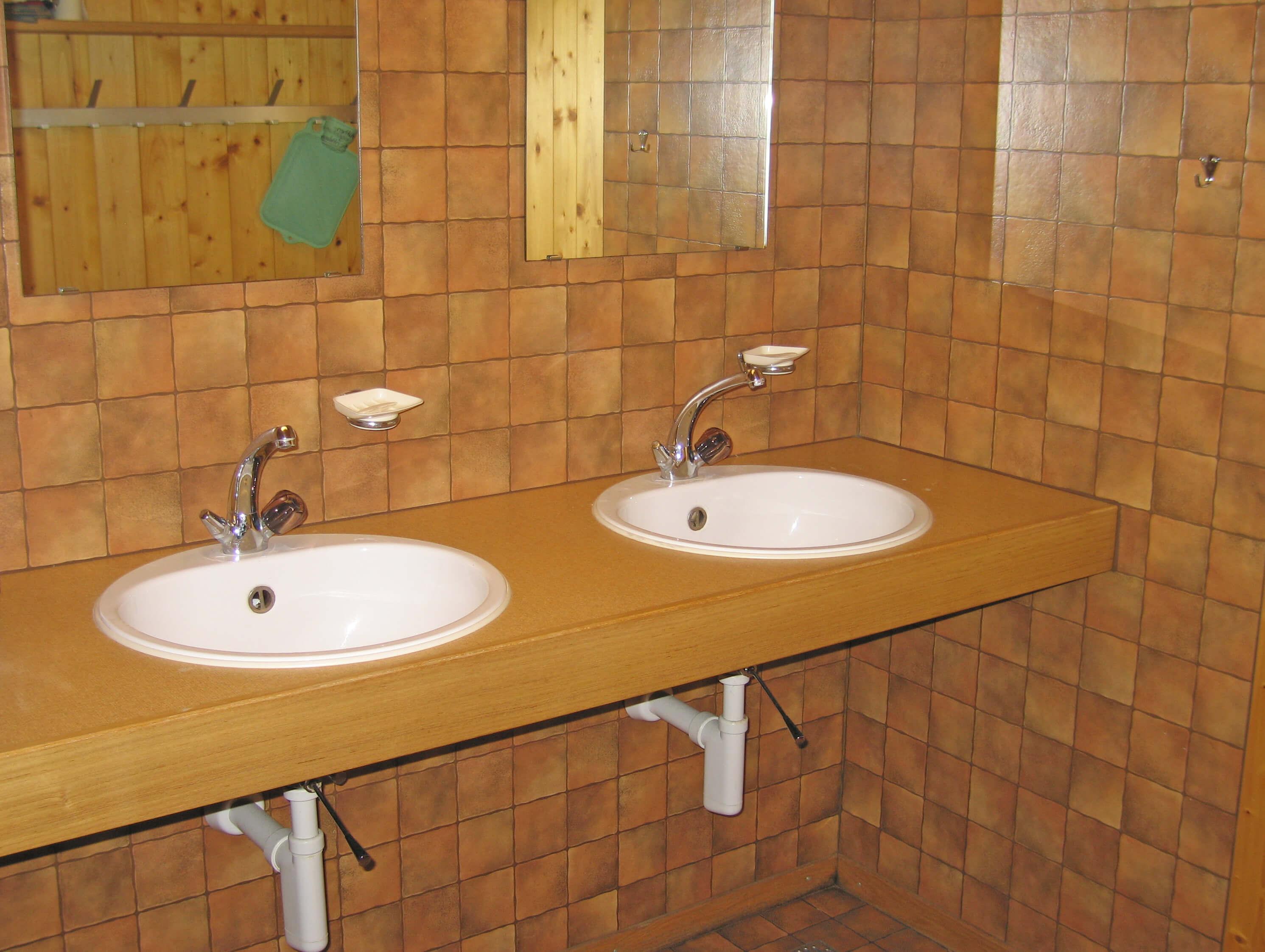Lavabo Spiegel Staldenmaadhütte