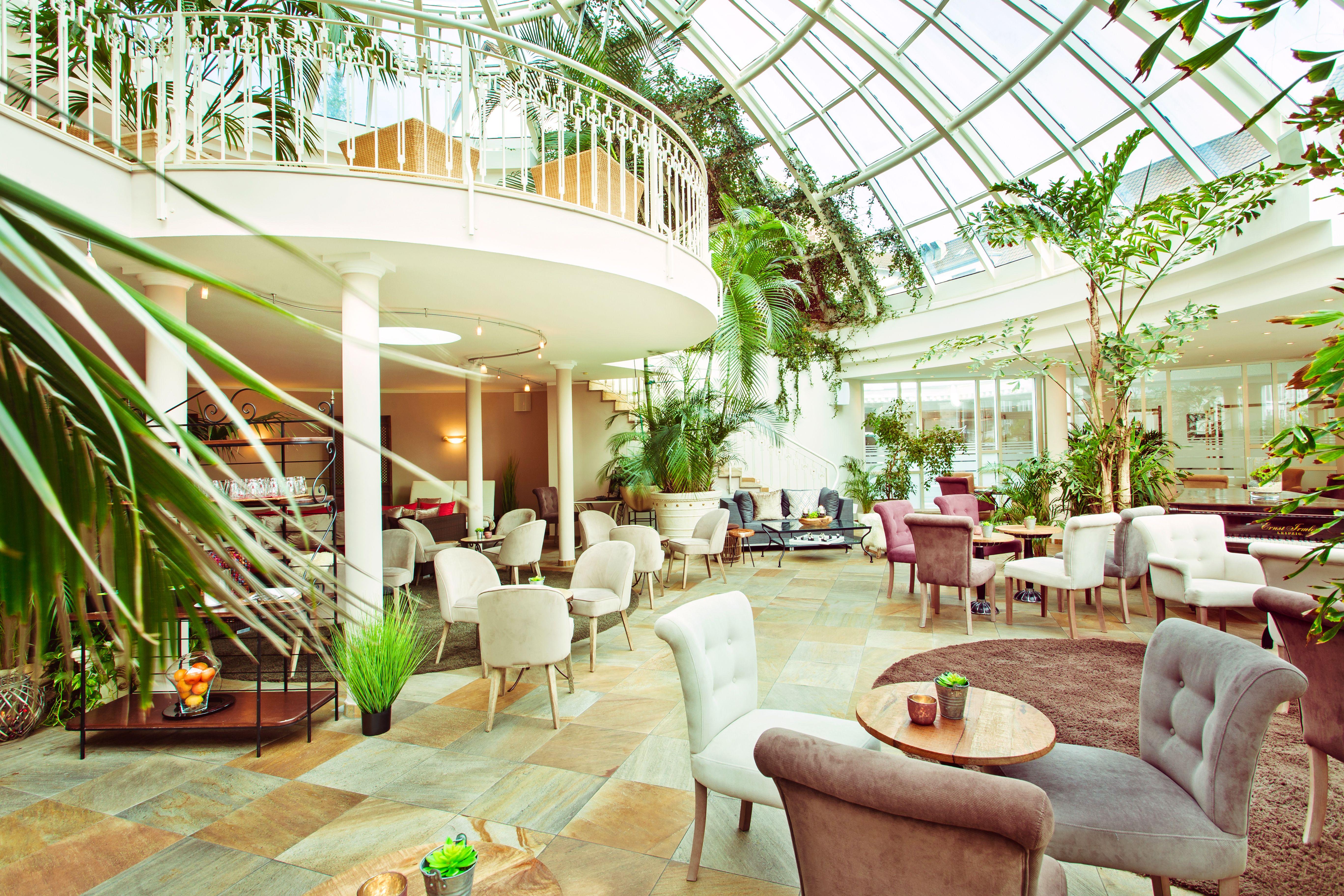 Romantischer Winkel - RoLigio & Wellness Resort - Palmengarten