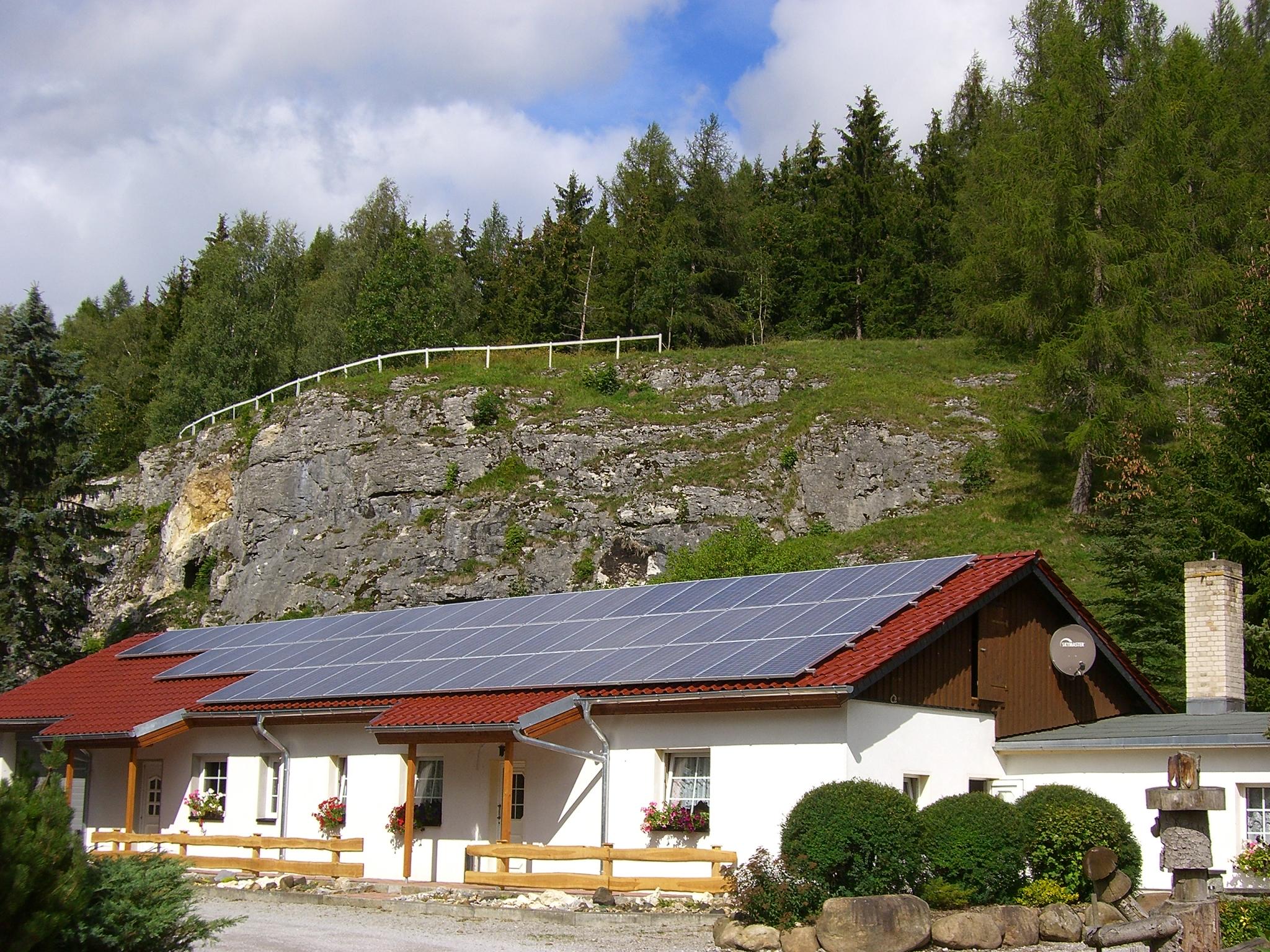 Hotel-Restaurant am Felsen in Königshütte - Außenansicht