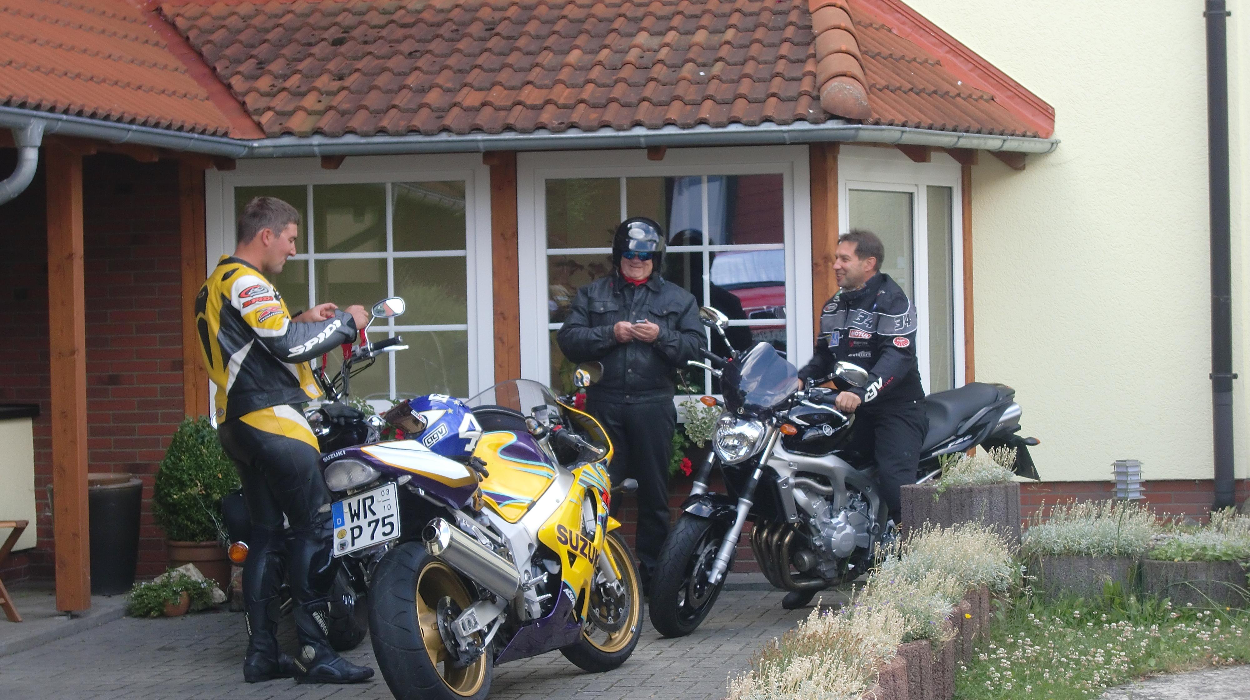 Pension Königshof in Königshütte - Motorradfahrer