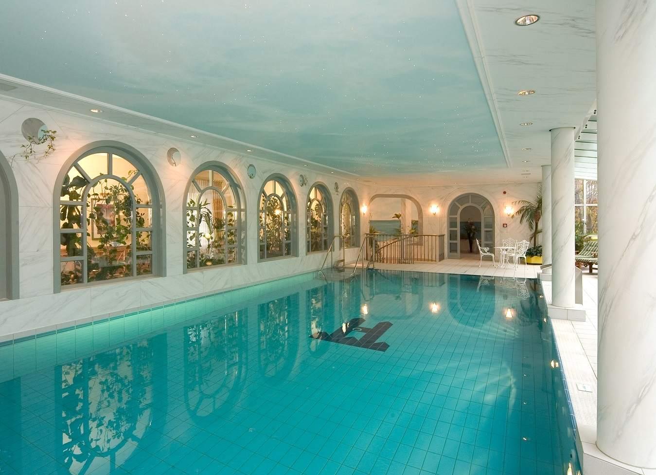 Hotel Villa Heine in Halberstadt - Schwimmbad
