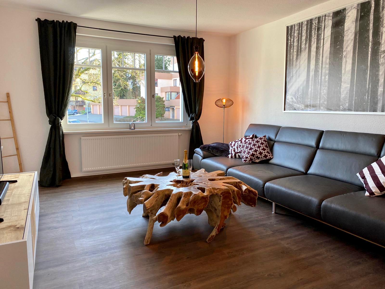 FeWoWa - Bad Sachsa - Schiller-Suite - Wohnzimmer