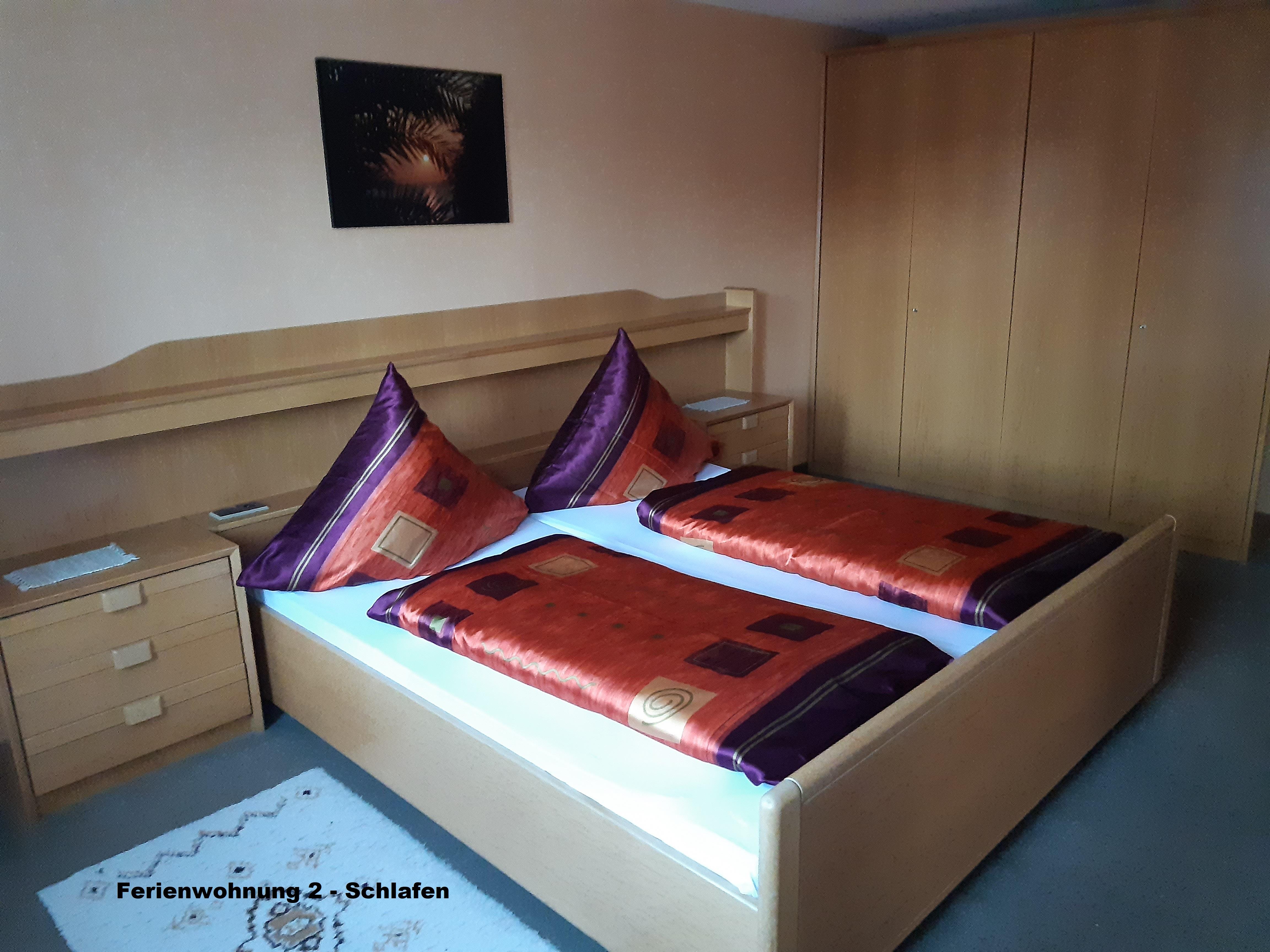 Gästehaus Fink, Ferienwohnung 2, Schlafzimmer