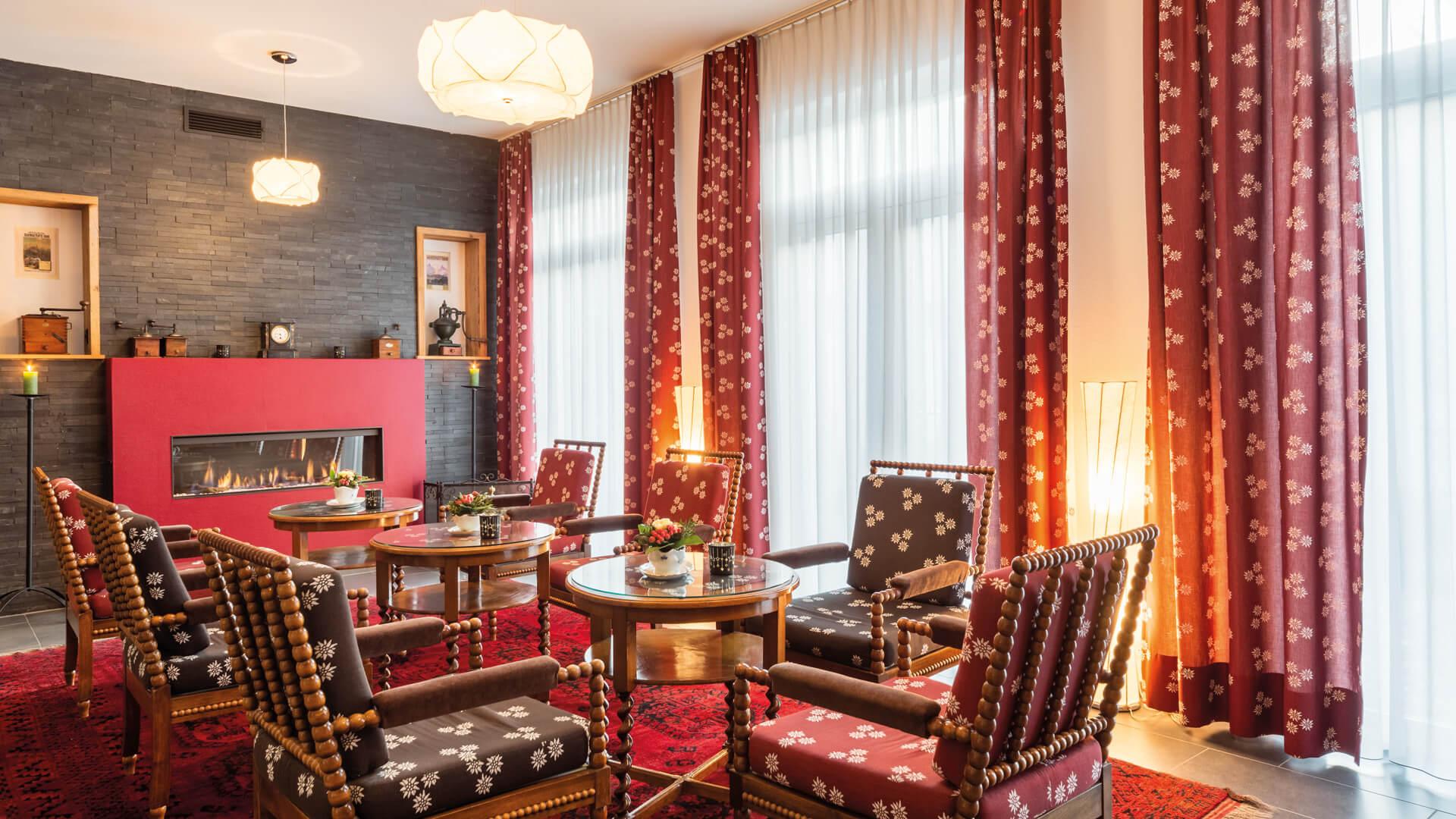 carlton-europe-hotel-lobby-mit-feuer