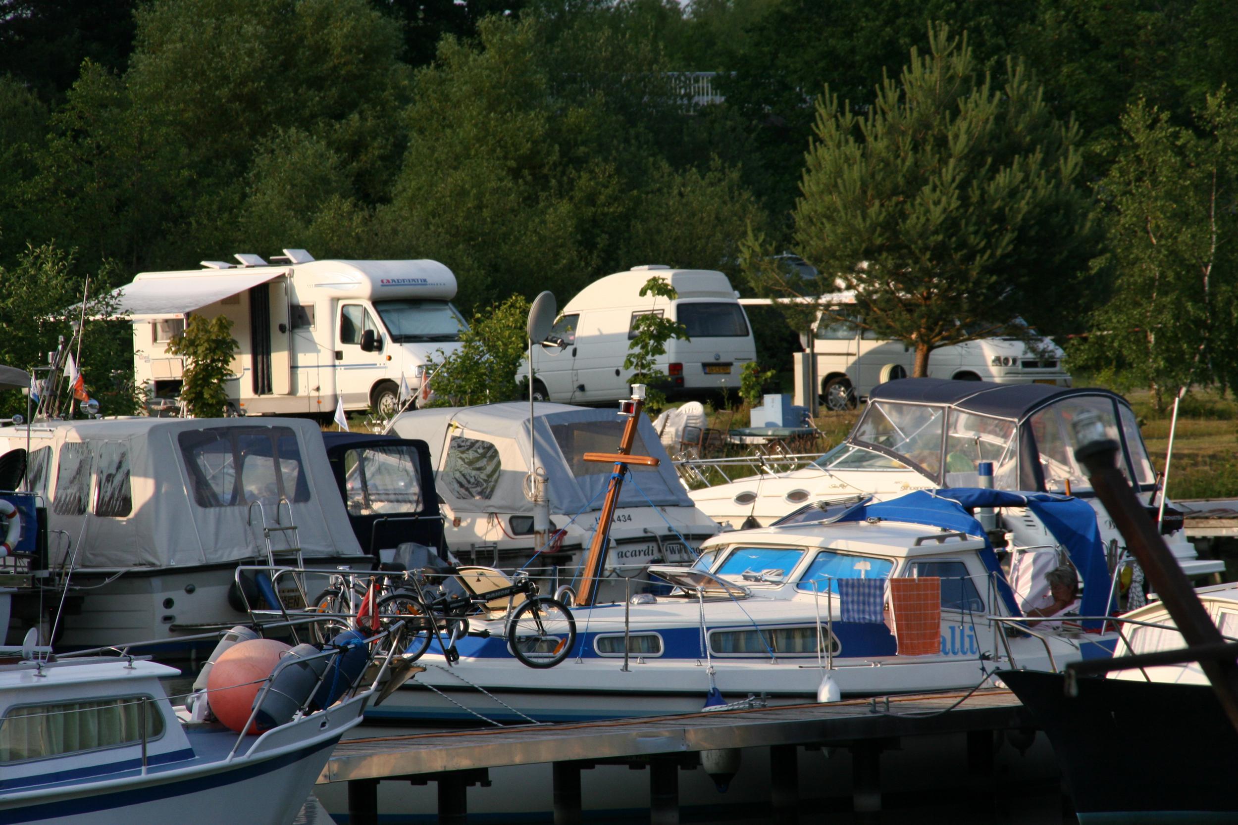 Wohnmobilstellplatz und Sportboothafen in Wittingen