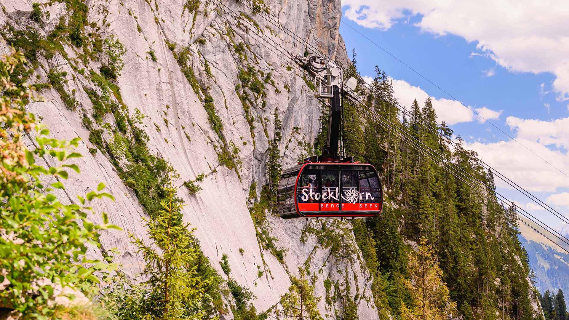 stockhorn-gondel-sommer-bergausflug