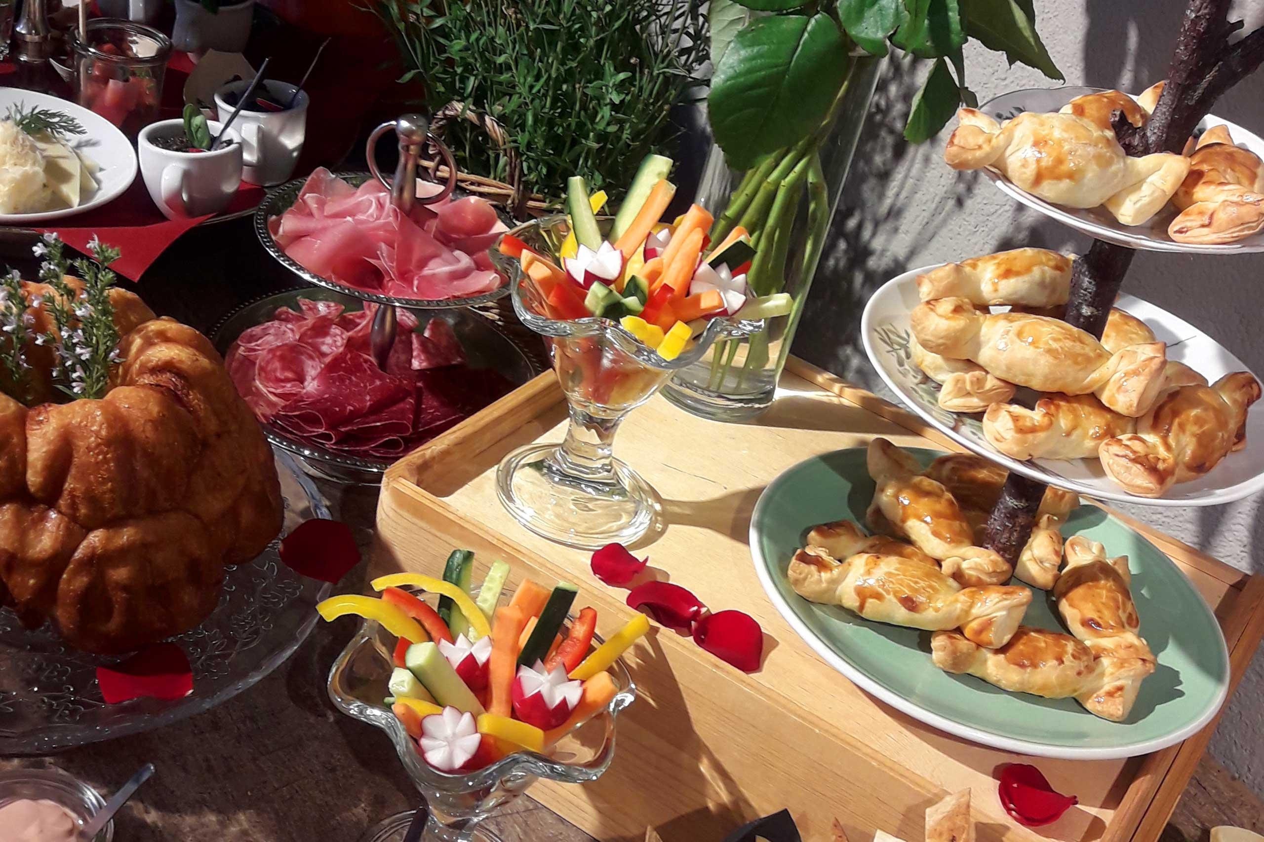 cafe-baeretatze-buffet.jpg