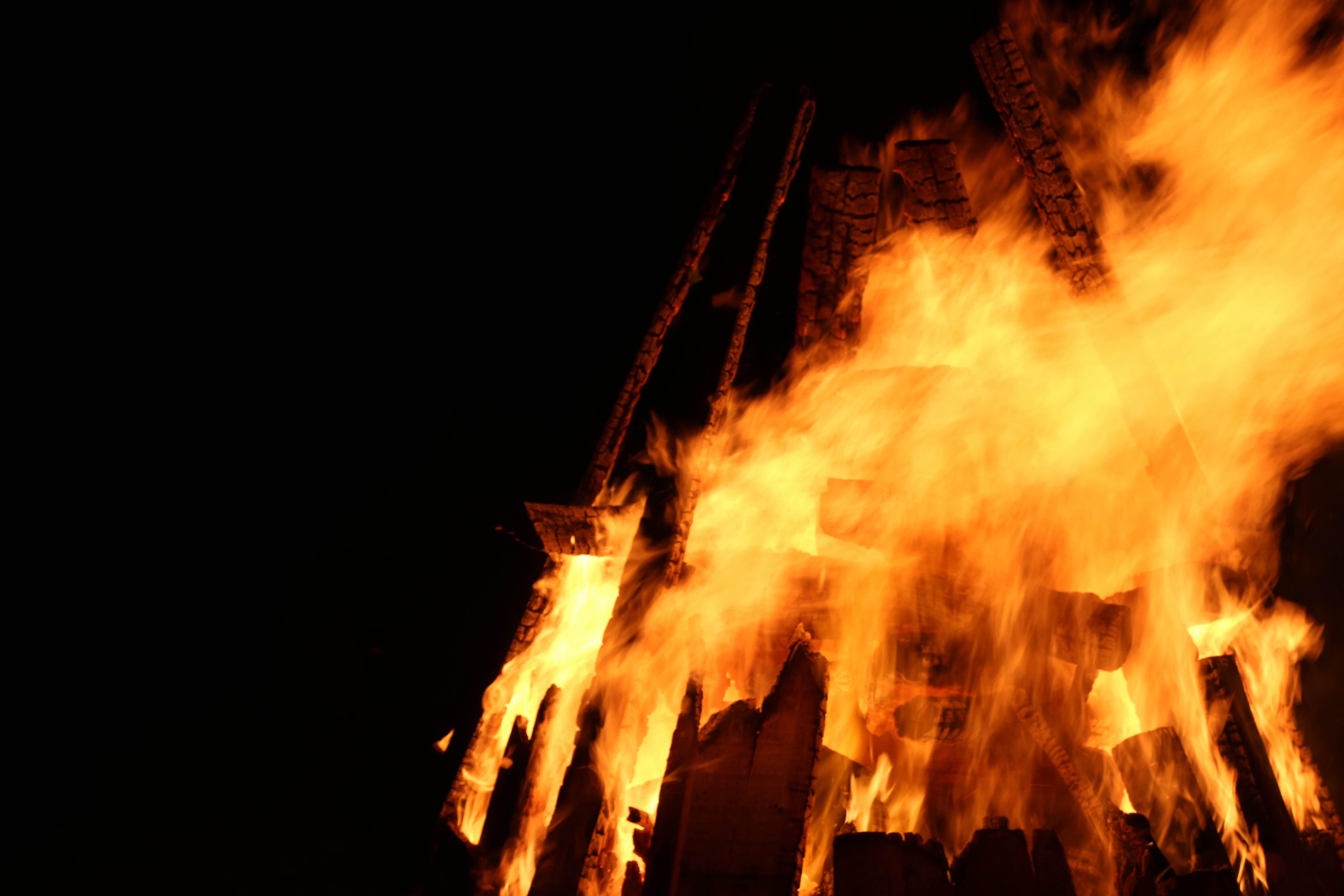 Feuer und Flammen im Winter