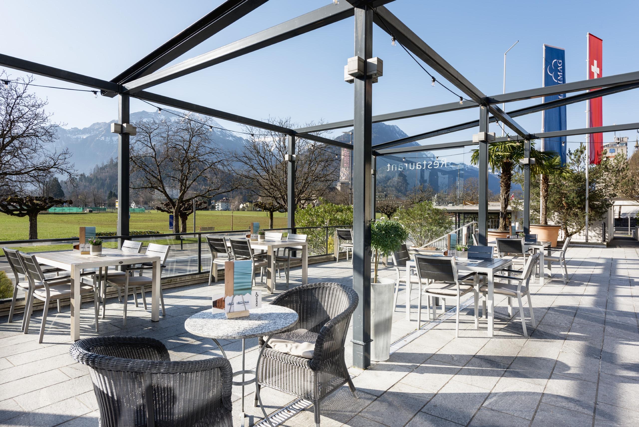 aarmuehle-hapimag-terrasse-ausblick-hoehematte.jpg