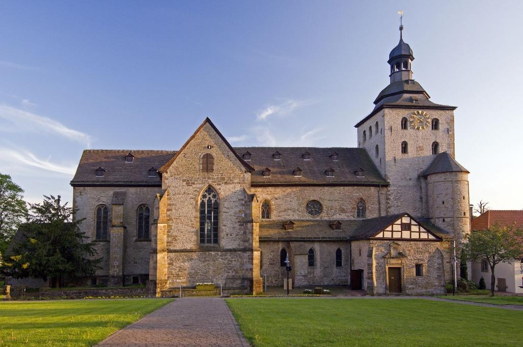Stiftskirche Neuenheerse