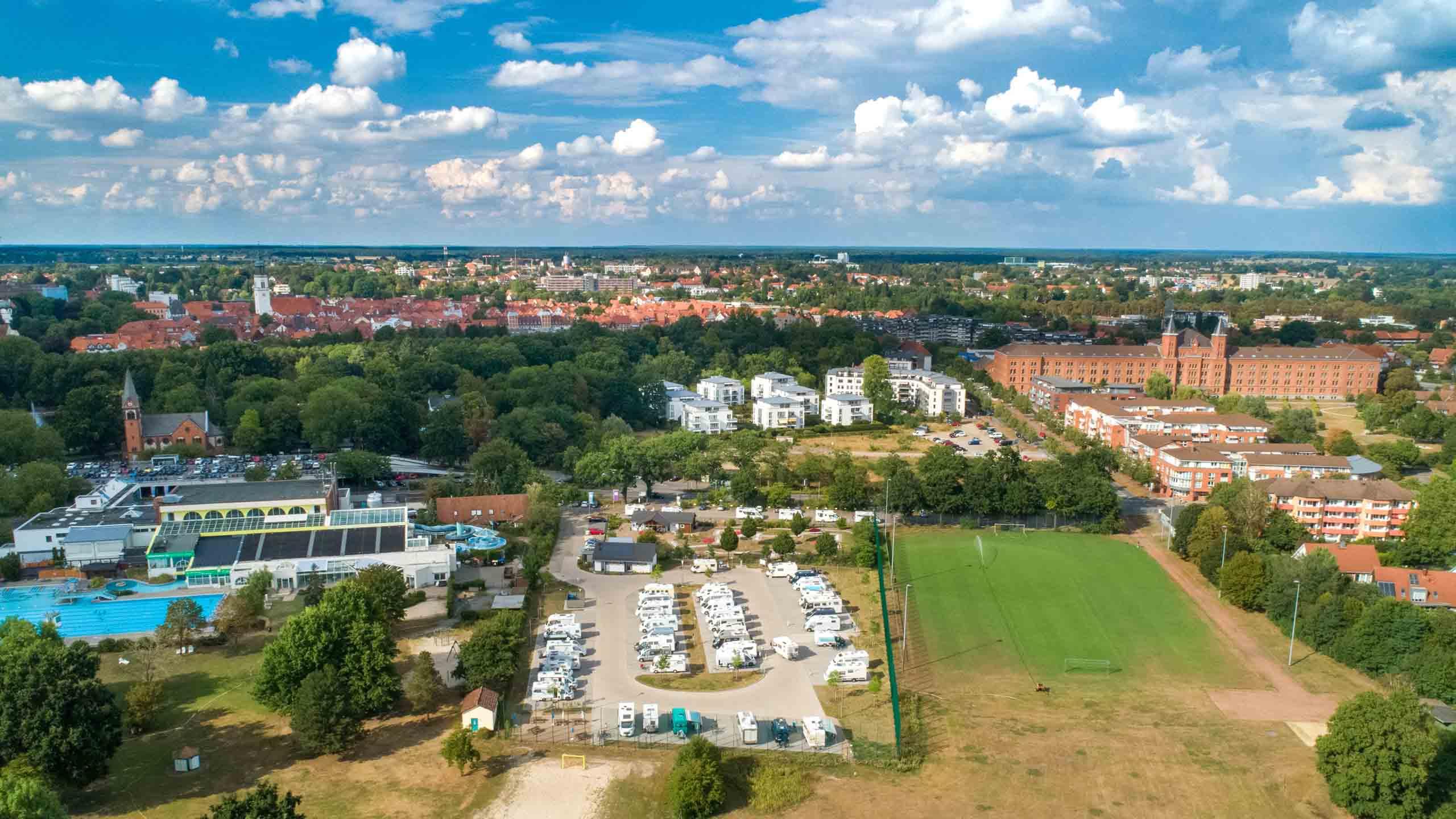 Celler Wohnmobilstellplatz, Luftaufnahme