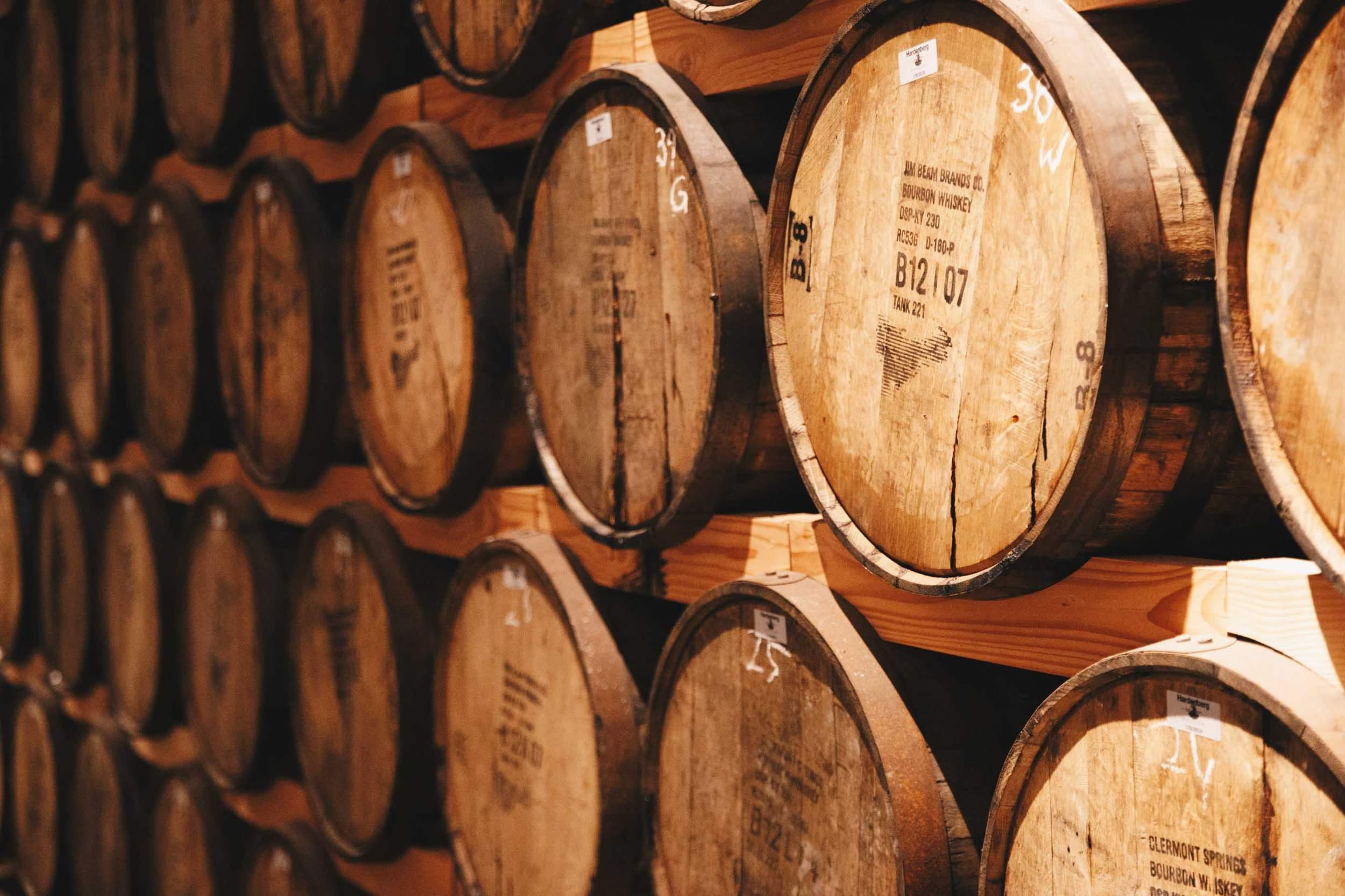 Hardenberg Distillery in Nörten Hardenberg - Fässer