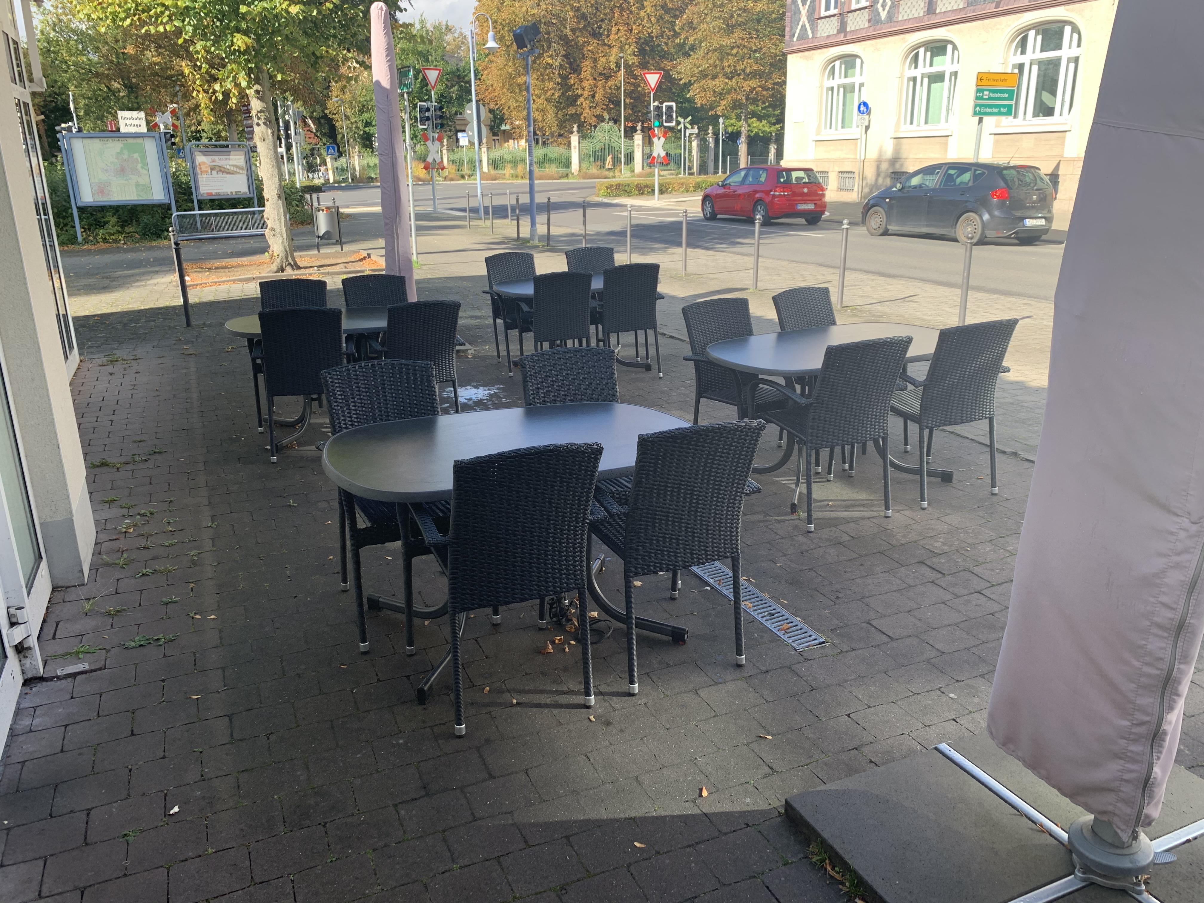 Döner Haus Öztel_Außenbereich