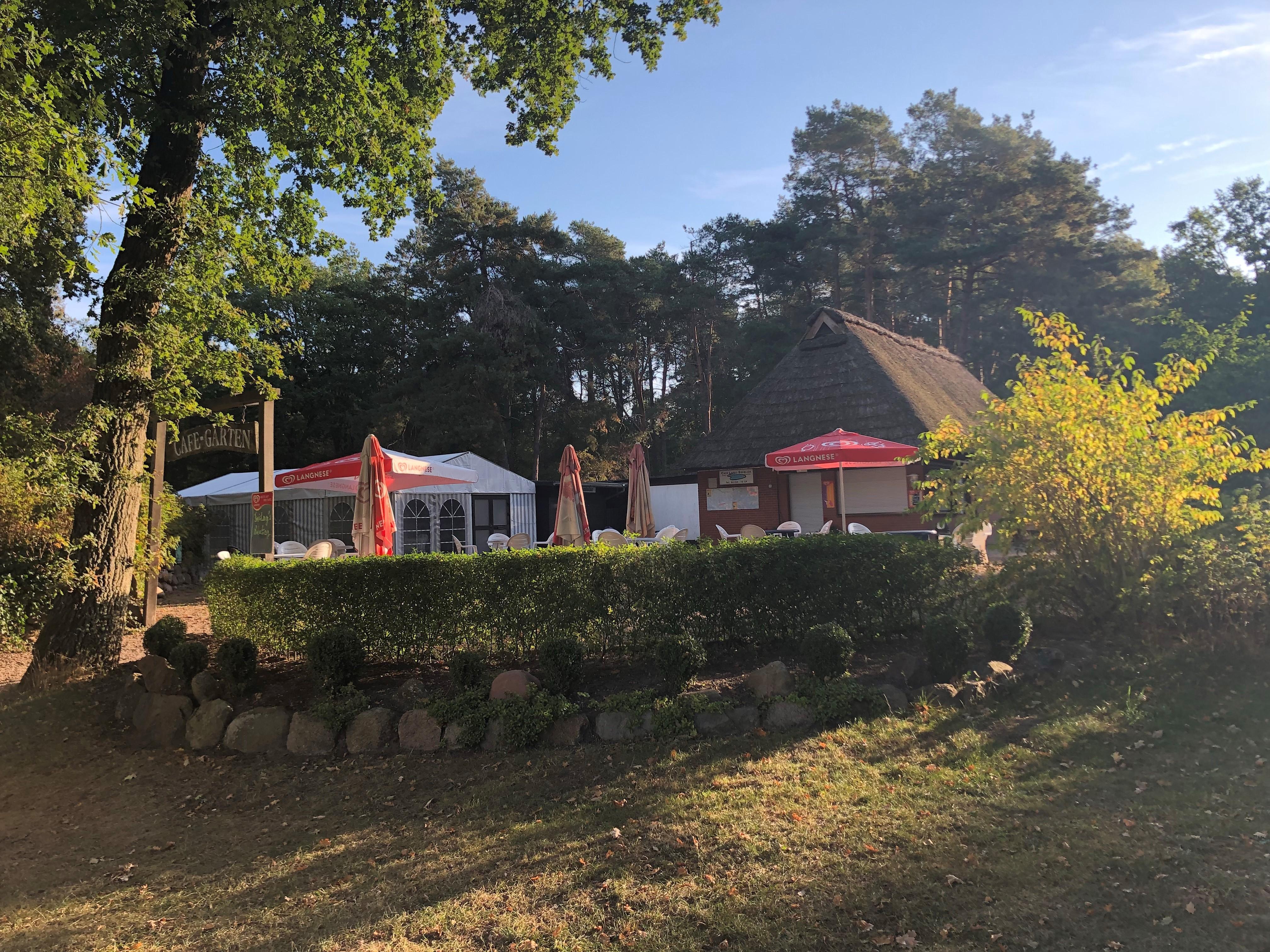 Cafe- Garten