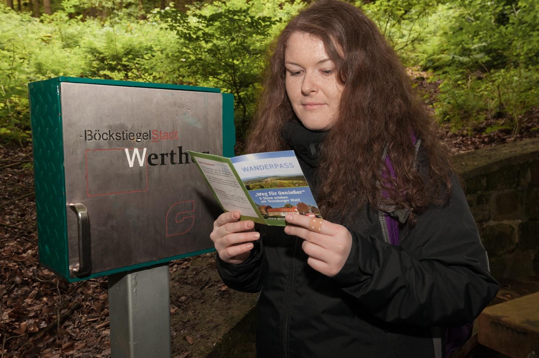 Stempelstation am `Weg für Genießer` an der Arminiusquelle in Werther (Westf.)